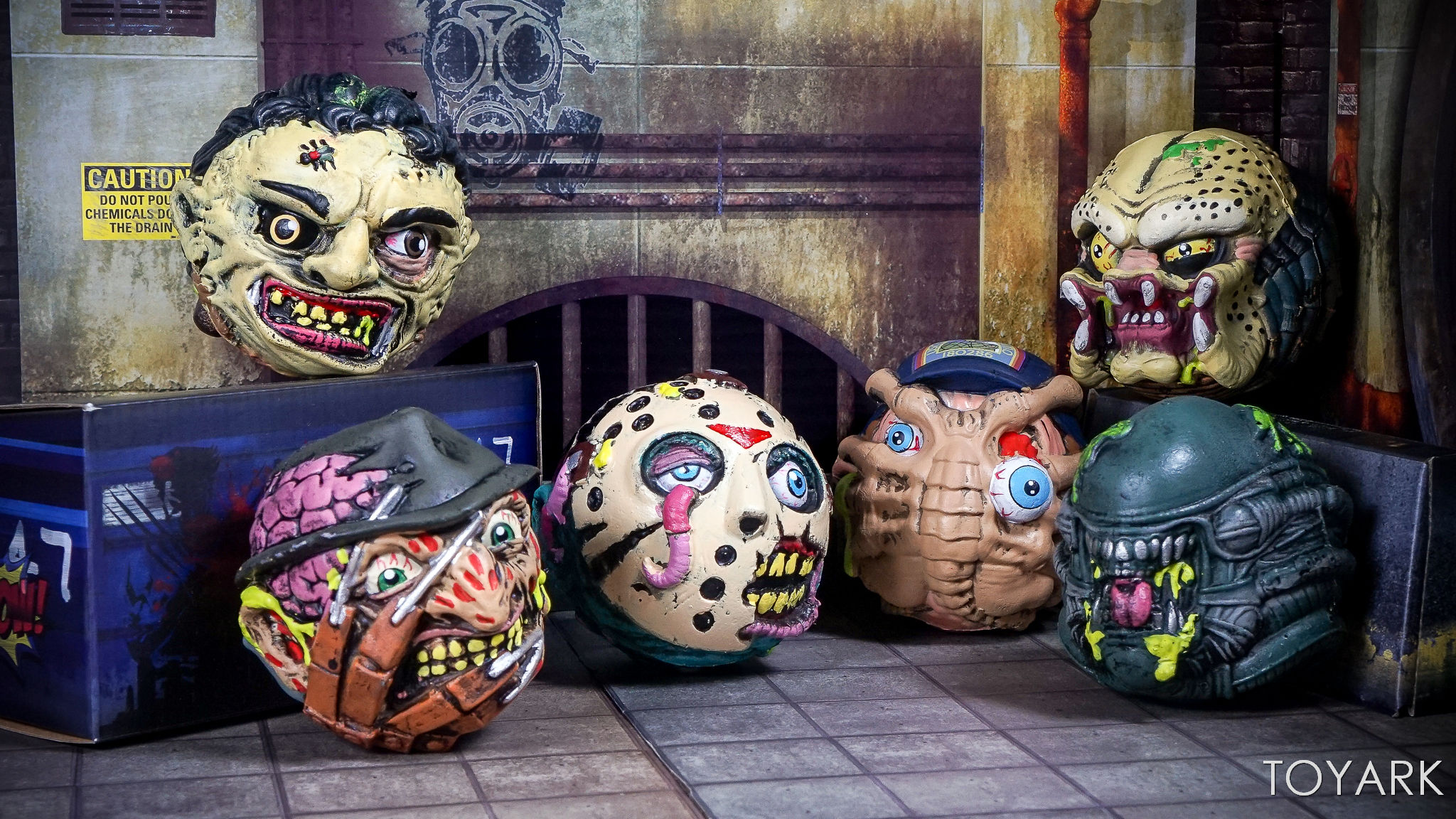 http://news.toyark.com/wp-content/uploads/sites/4/2017/09/Kidrobot-Horror-and-Sci-Fi-Madballs-039.jpg
