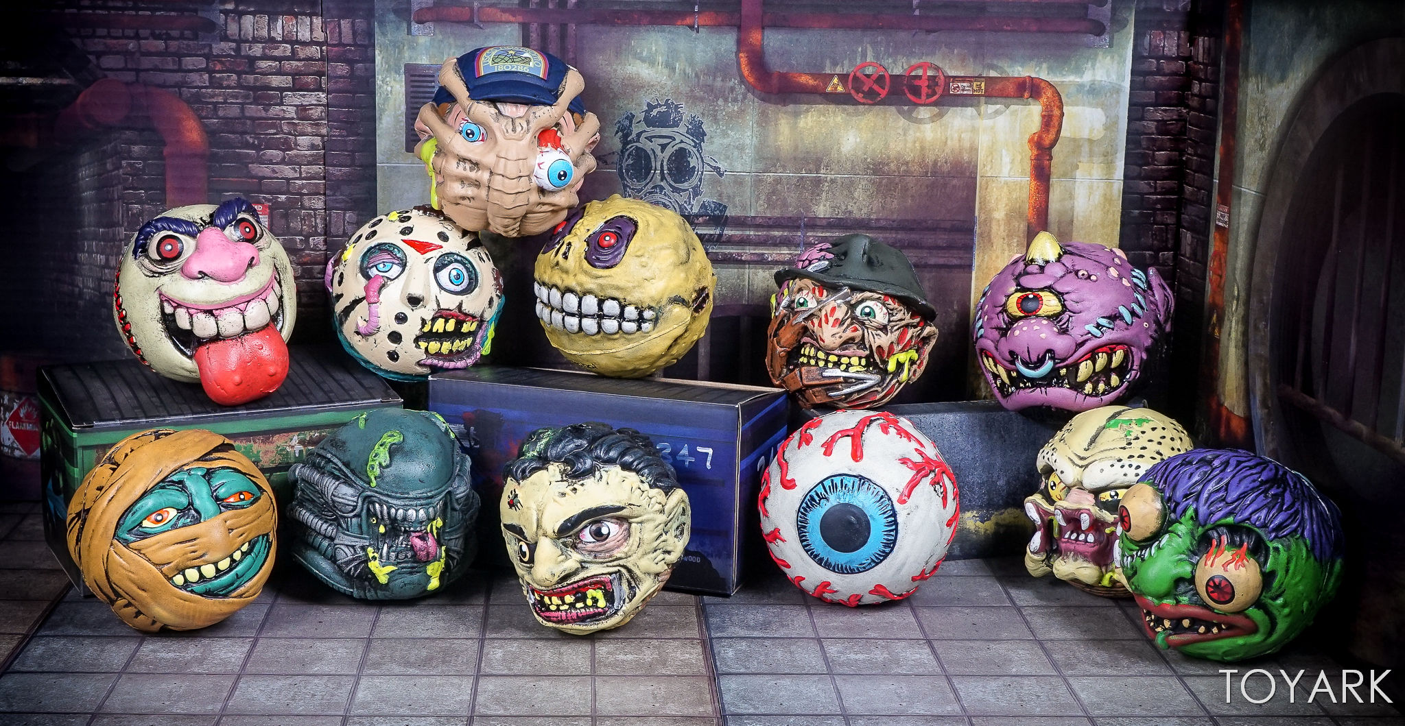 http://news.toyark.com/wp-content/uploads/sites/4/2017/09/Kidrobot-Horror-and-Sci-Fi-Madballs-046.jpg