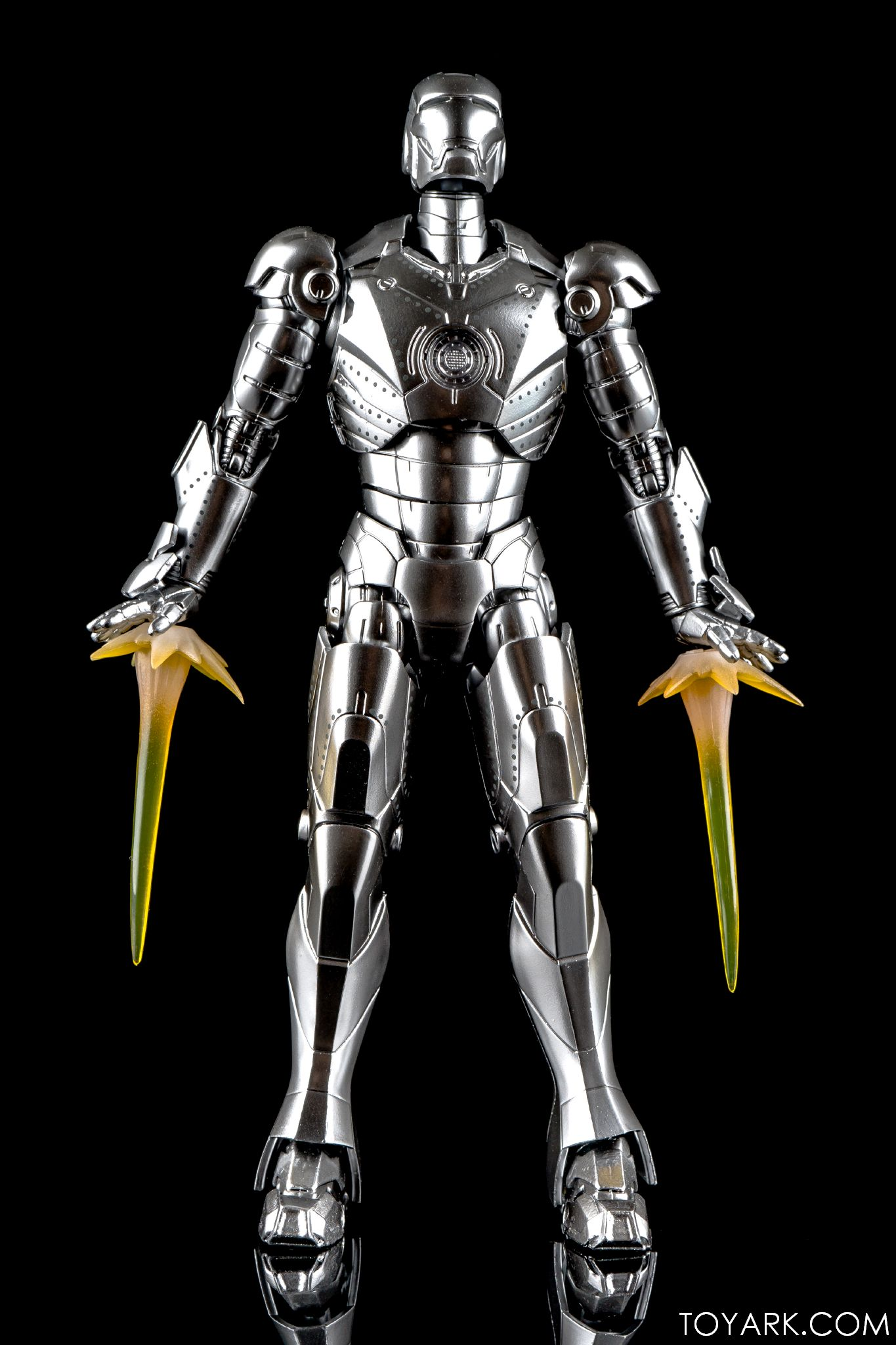 S.H. Figuarts Iron Man Mk. 2 with Hall of Armor - The ...