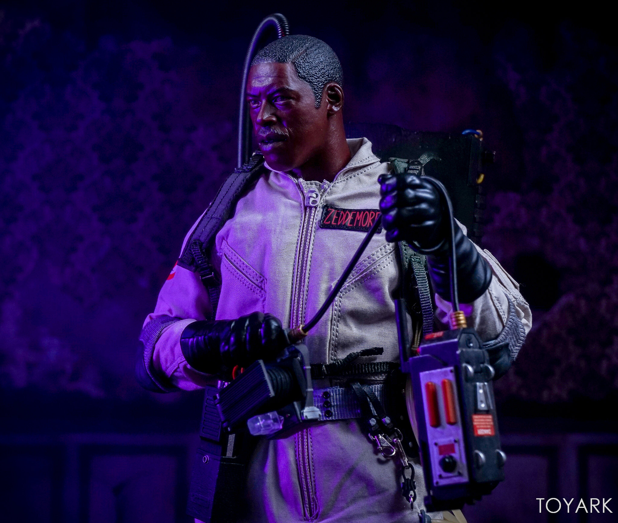 http://news.toyark.com/wp-content/uploads/sites/4/2017/10/Blitzway-Ghostbusters-Special-Set-191.jpg