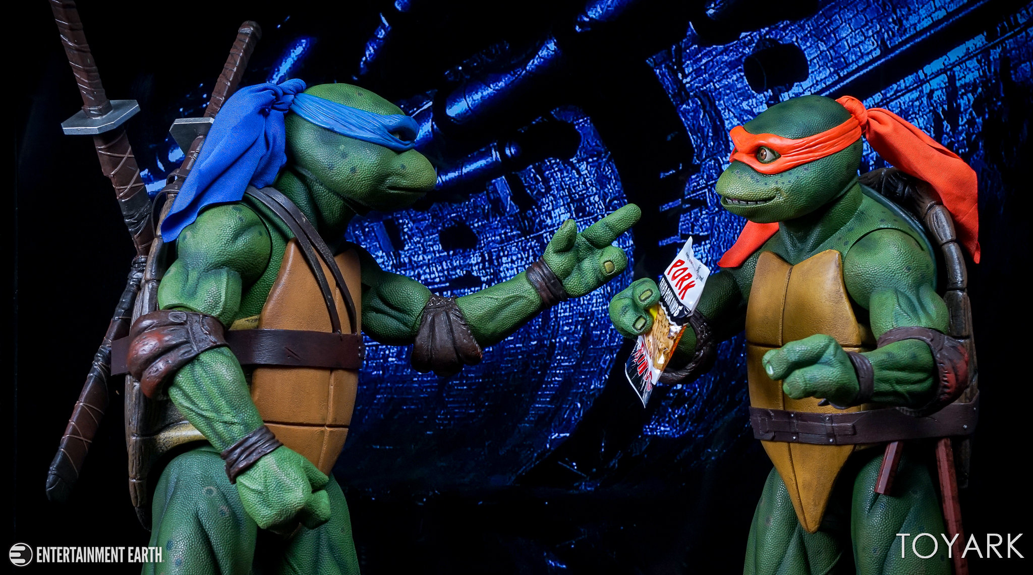 http://news.toyark.com/wp-content/uploads/sites/4/2017/10/NECA-Quarter-Scale-TMNT-Michelangelo-030.jpg