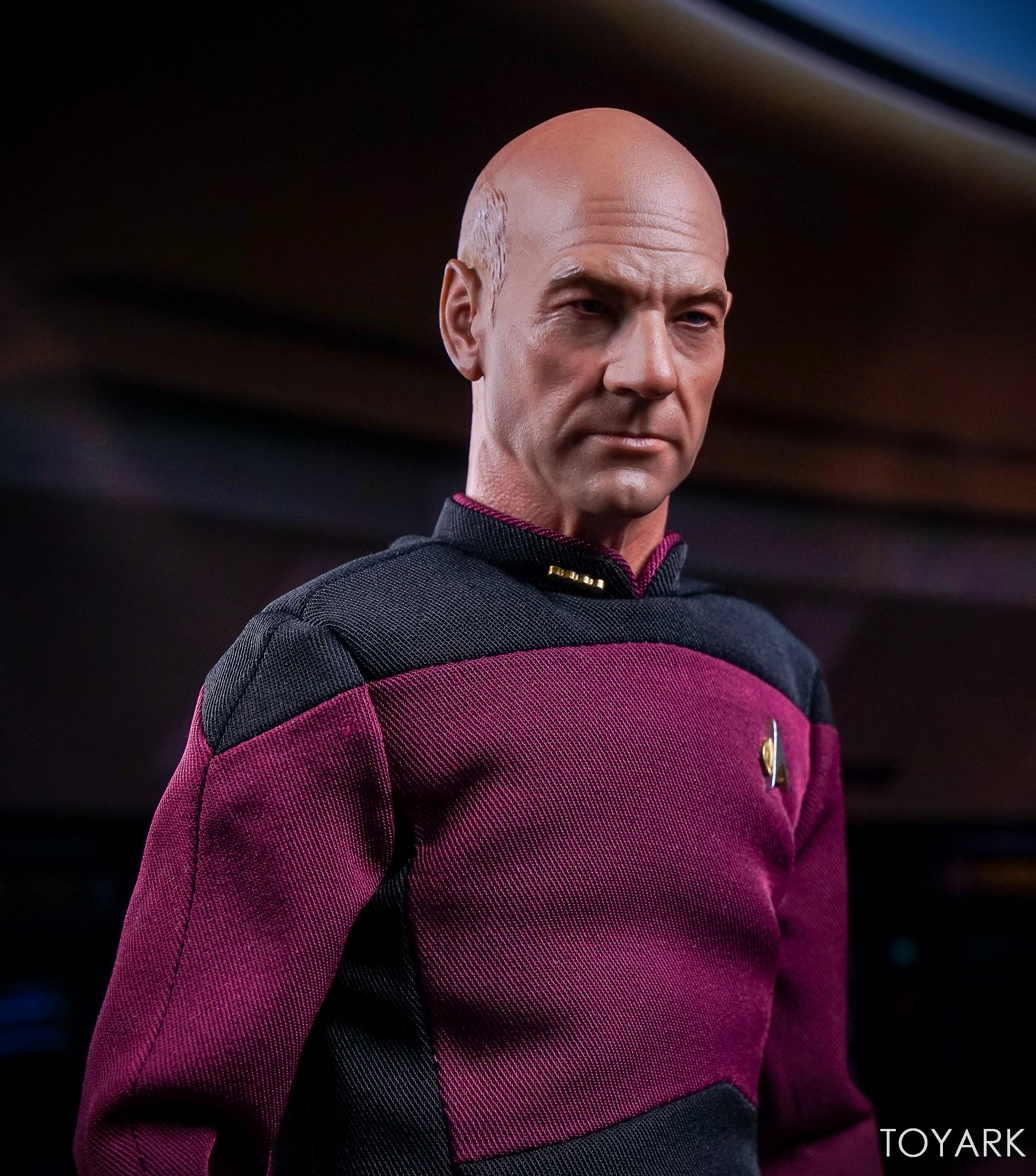 http://news.toyark.com/wp-content/uploads/sites/4/2017/10/Qmx-Star-Trek-TNG-Captain-Picard-061.jpg