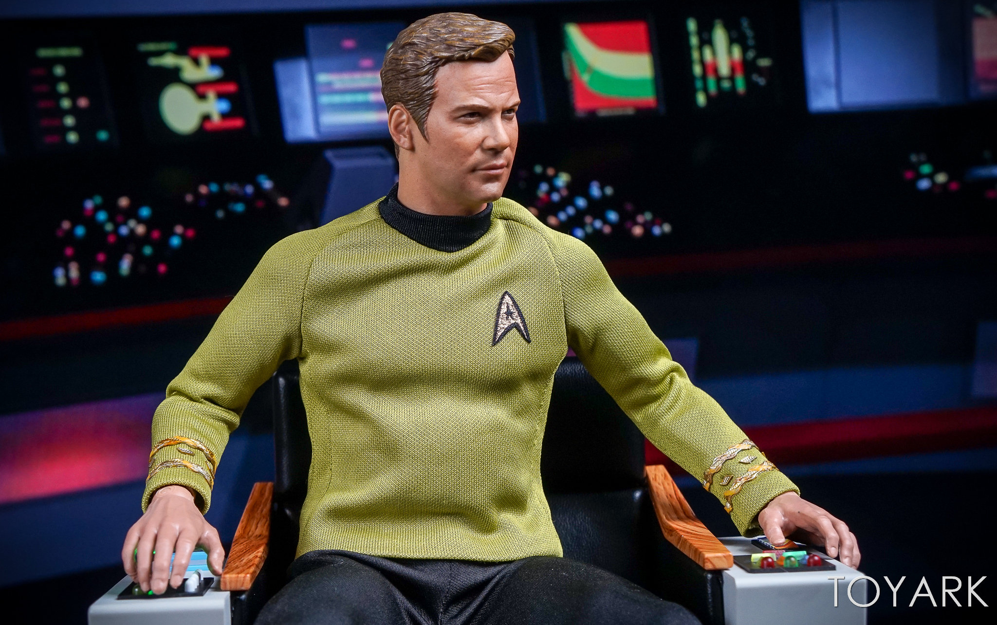 http://news.toyark.com/wp-content/uploads/sites/4/2017/12/QMX-Star-Trek-Captain-Kirk-Chair-042.jpg