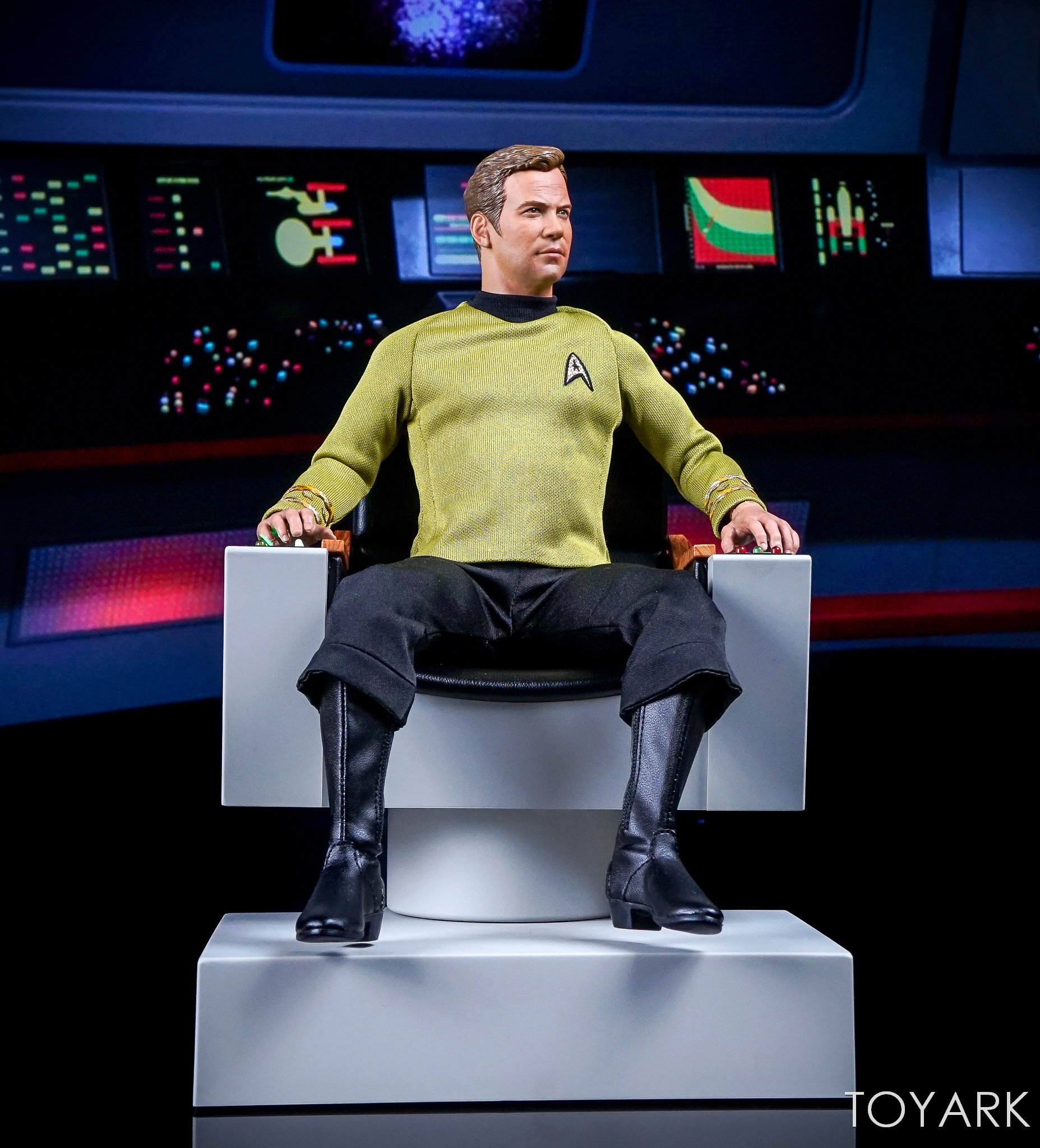 http://news.toyark.com/wp-content/uploads/sites/4/2017/12/QMX-Star-Trek-Captain-Kirk-Chair-046.jpg