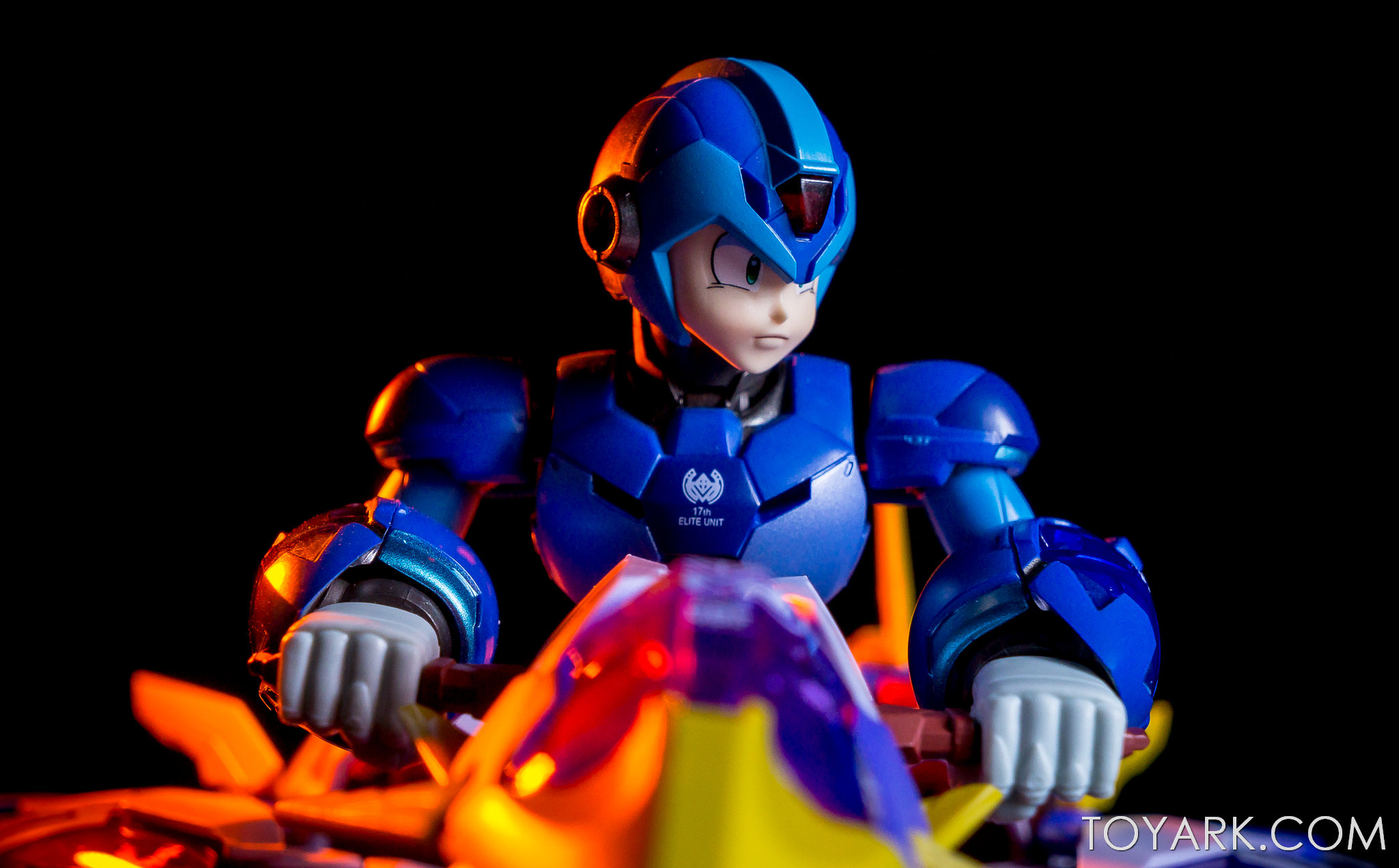 http://news.toyark.com/wp-content/uploads/sites/4/2018/01/Mega-Man-X-Giga-Armor-00037.jpg