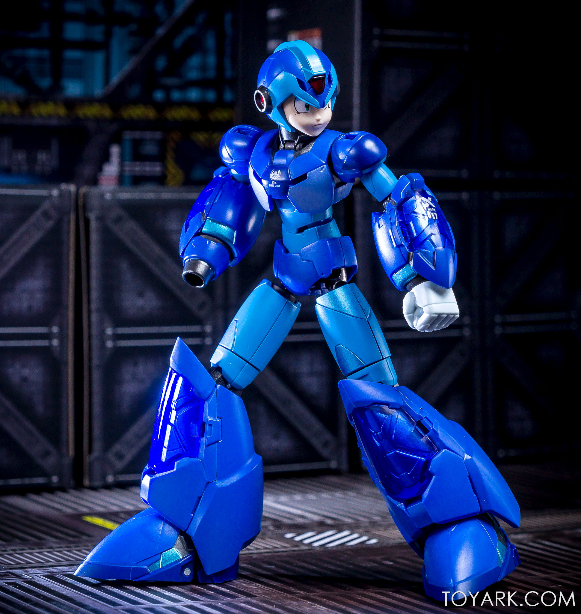http://news.toyark.com/wp-content/uploads/sites/4/2018/01/Mega-Man-X-Giga-Armor-00057.jpg