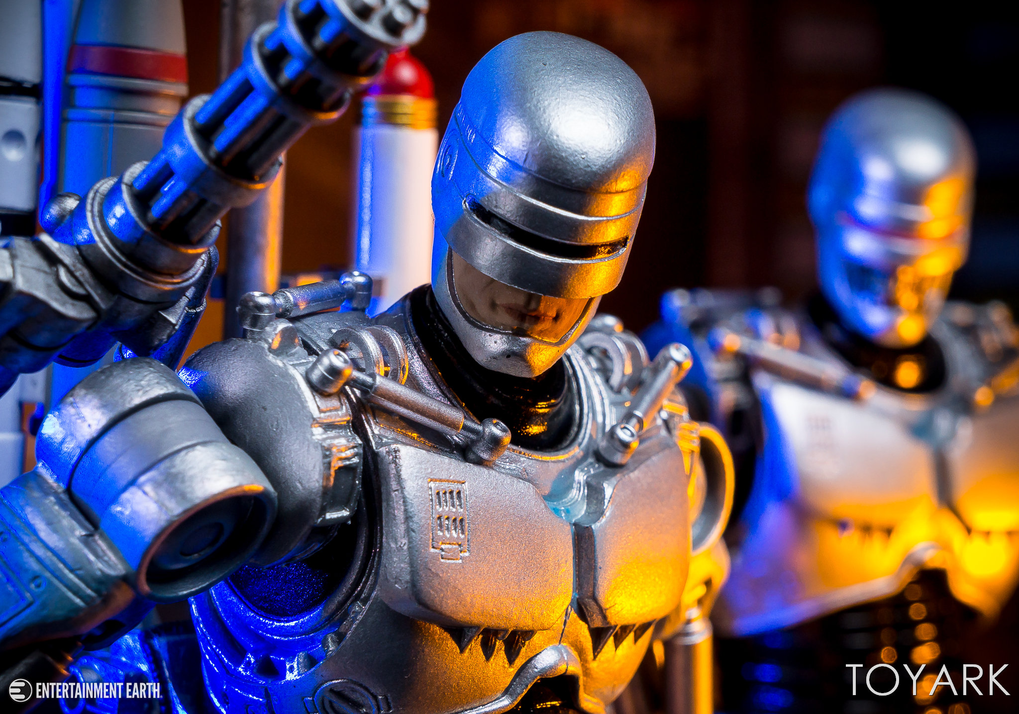 http://news.toyark.com/wp-content/uploads/sites/4/2018/02/NECA-Ult-Future-Robocop-021.jpg