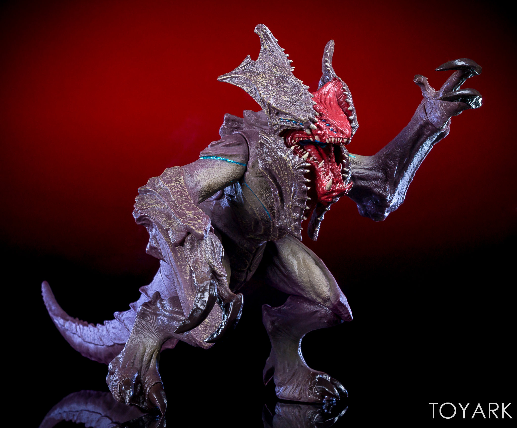 http://news.toyark.com/wp-content/uploads/sites/4/2018/02/Tamashii-Nations-Pacific-Rim-Uprising-077.jpg