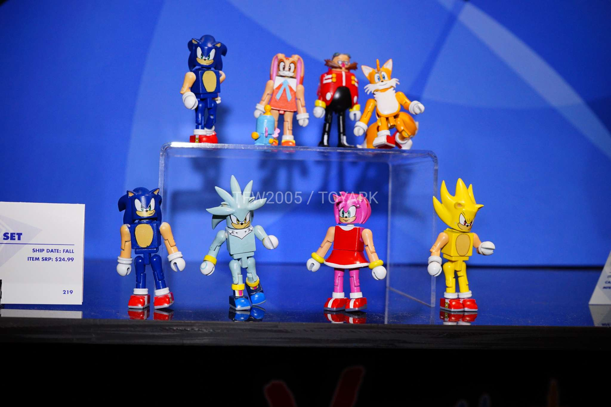 Toy Fair 2018 Gallery Diamond Select Toys Sonic And Star