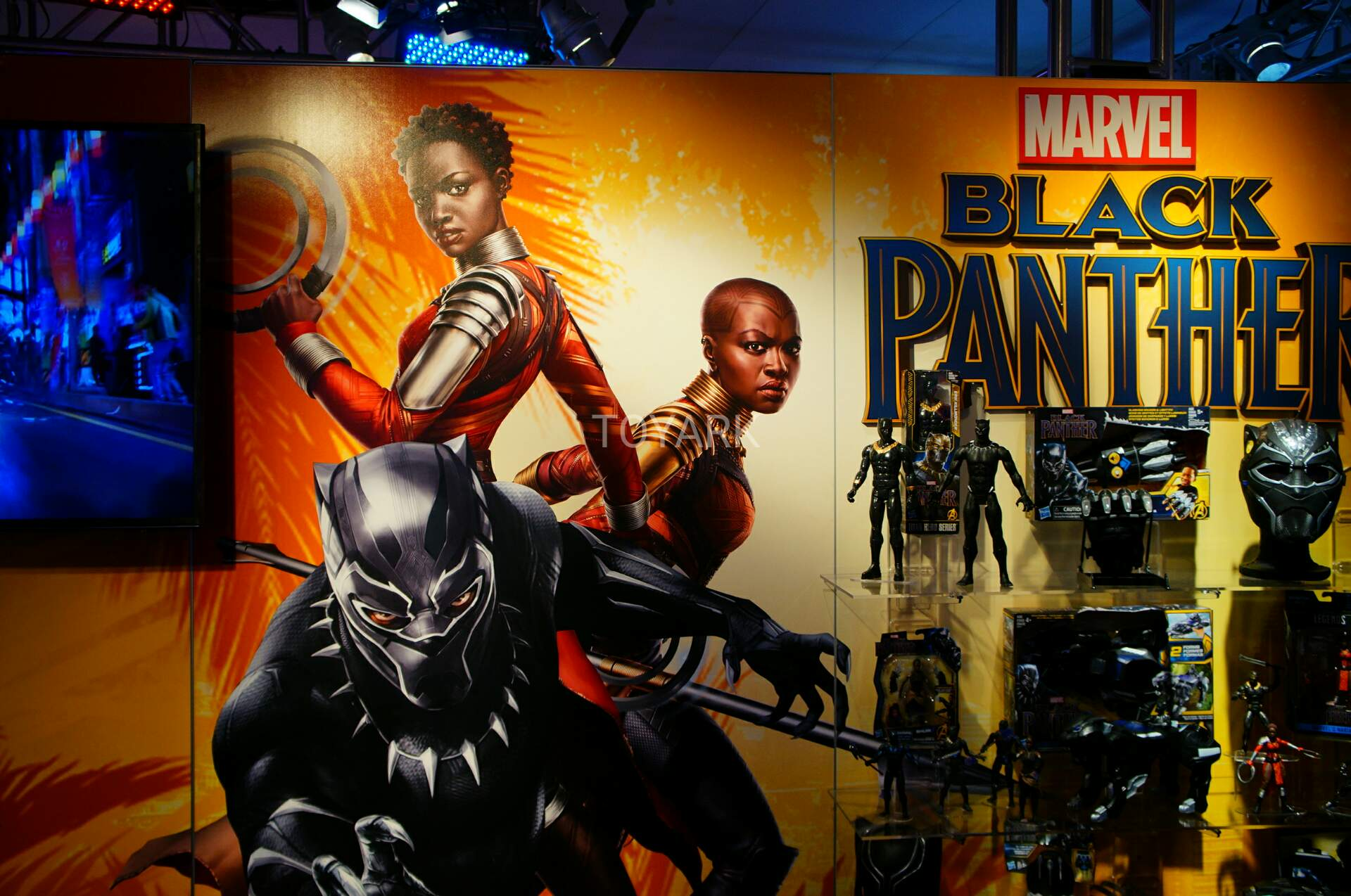 Marvel Toys 2018 : Toy fair hasbro marvel black panther and spider man