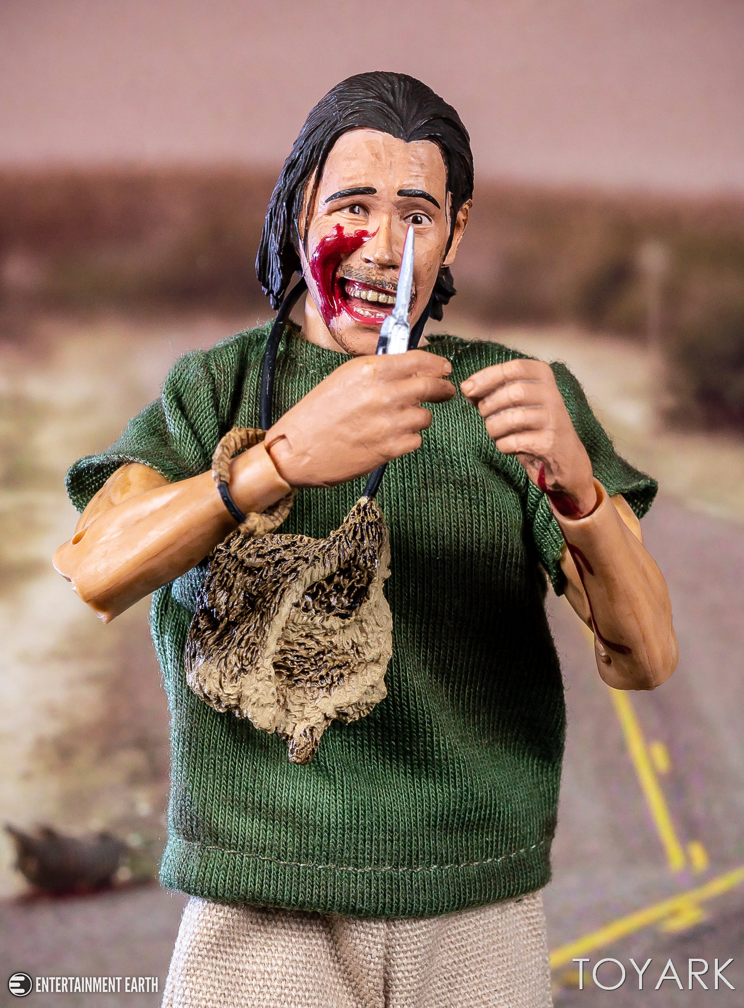 http://news.toyark.com/wp-content/uploads/sites/4/2018/04/Texas-Chainsaw-Nubbins-Set-NECA-017.jpg