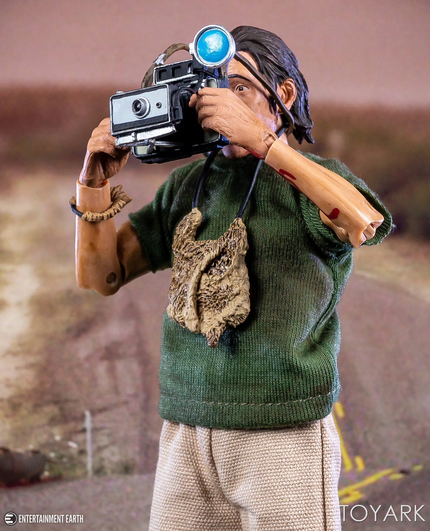 http://news.toyark.com/wp-content/uploads/sites/4/2018/04/Texas-Chainsaw-Nubbins-Set-NECA-020.jpg