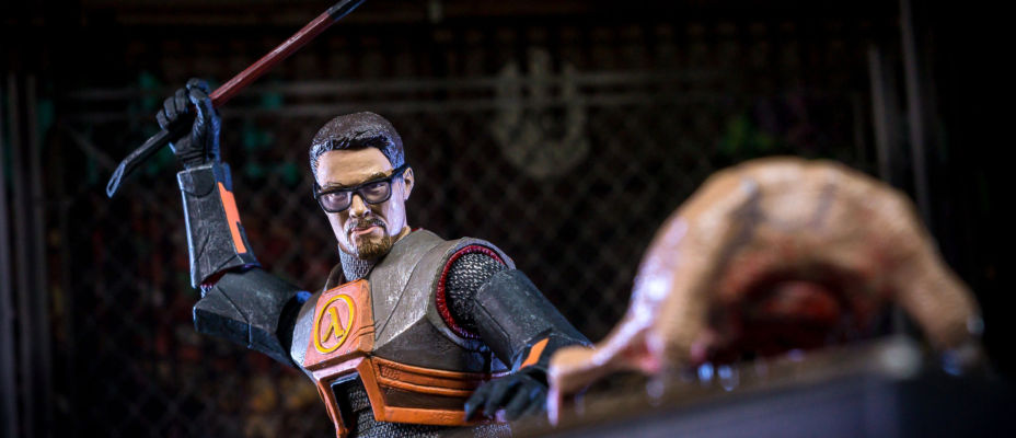 NECA Half-Life 2 Gordon Freeman 7-Inch Scale Figure Reissue - Toyark Photo Shoot