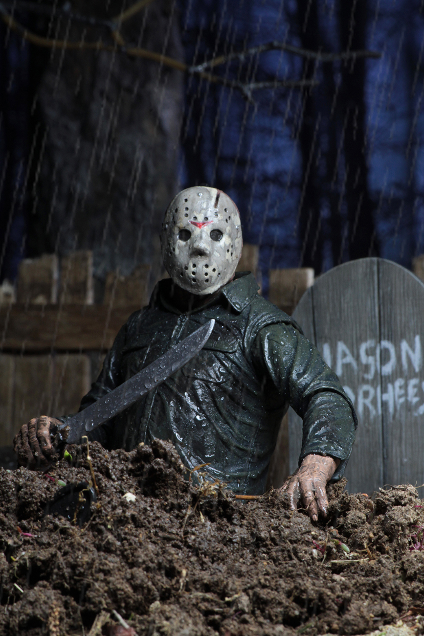 NECA-Part-5-Dream-Sequence-Jason-007.jpg