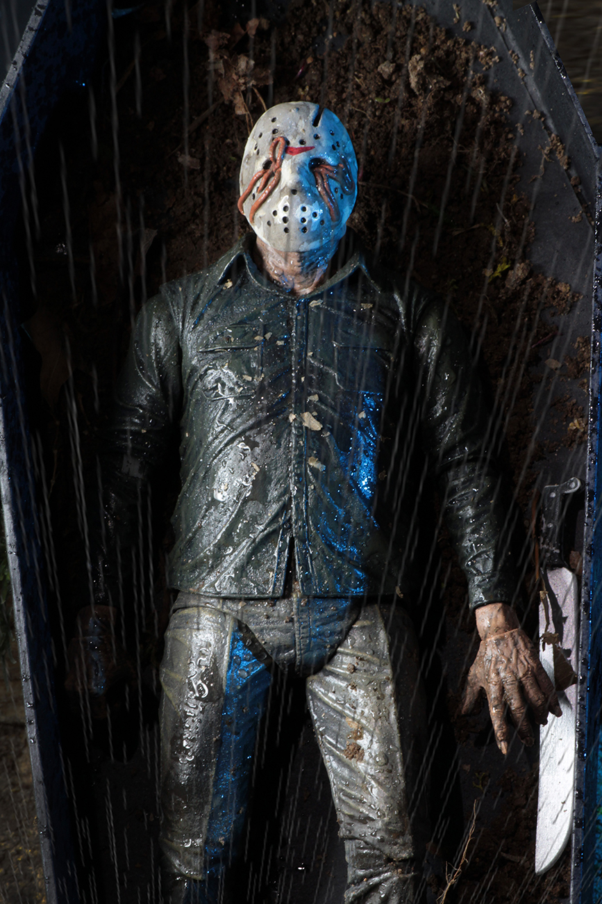 NECA-Part-5-Dream-Sequence-Jason-009.jpg