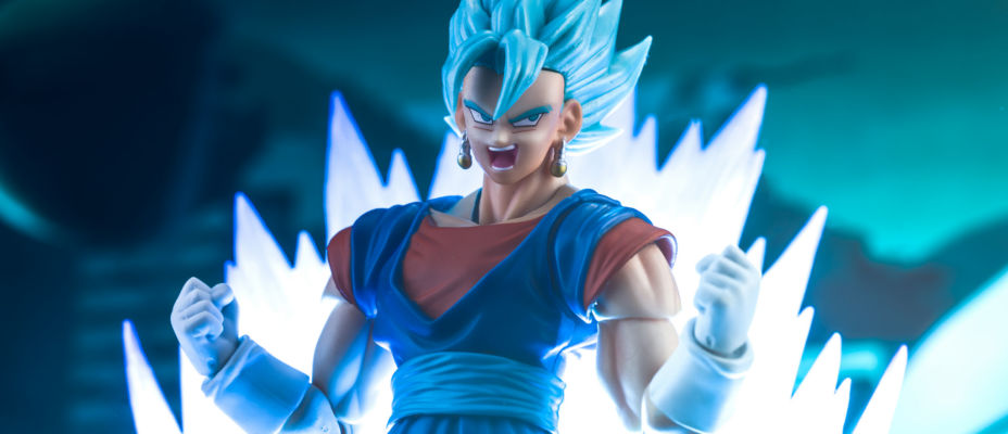 SDCC S.H. Figuarts DBS Vegito / Vegetto Photo Review (Updated)