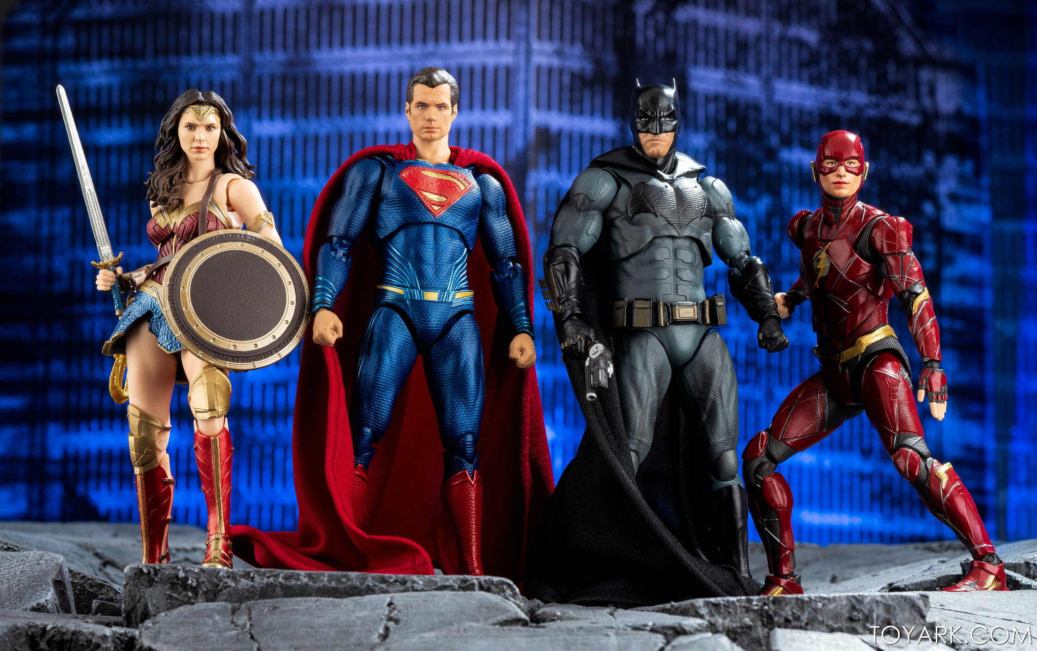 IN STOCK S.H Figuarts Justice League Superman Figure USA Bandai Tamashii SH Toy