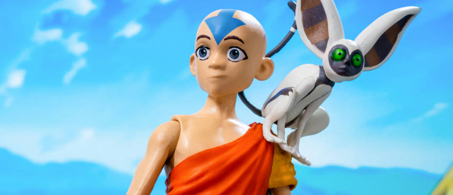 Gallery: Avatar The Last Airbender Deluxe Figures by Diamond Select Toys