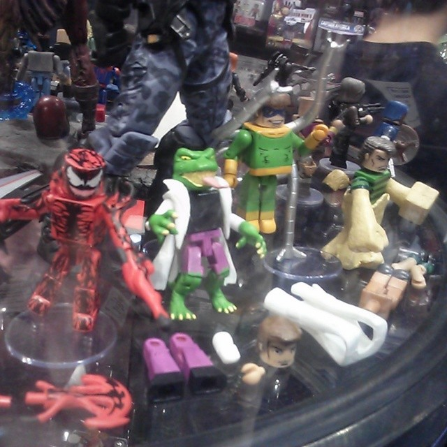 Diamond Select Toys At C2e2 Tmnt Minimates Marvel