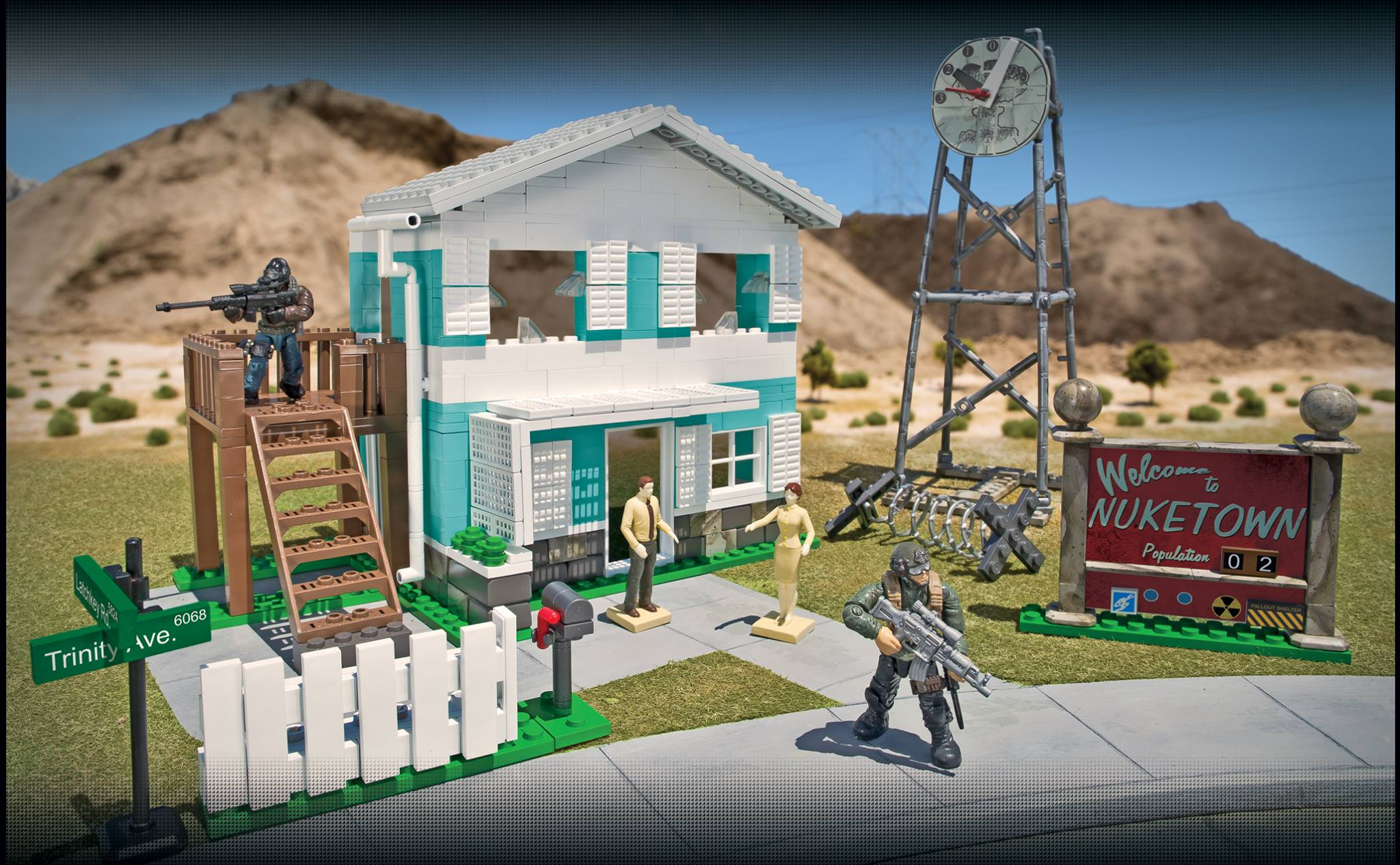 Mega Bloks Call of Duty Nuketown and in's Creed Fortress ... on