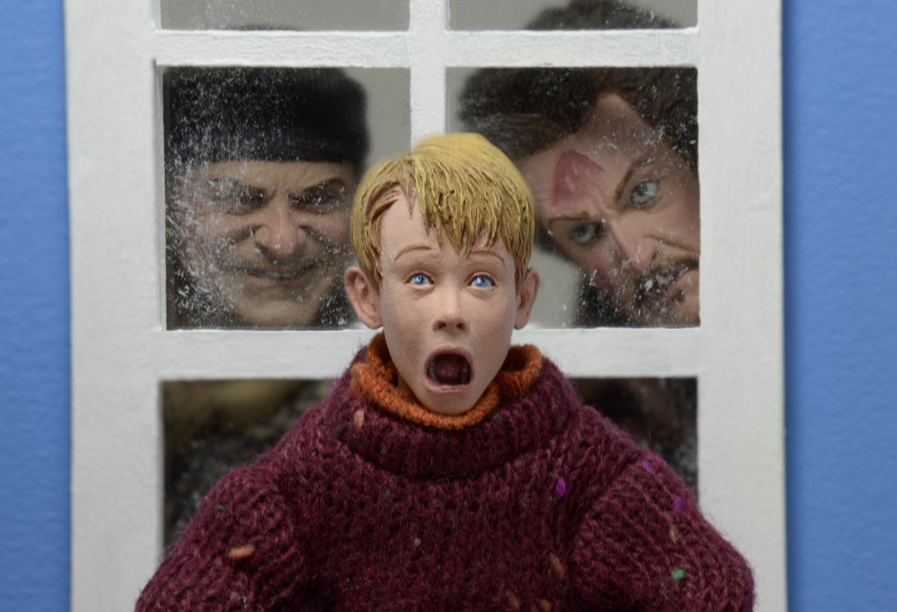 First Look At Neca Home Alone Figures The Toyark News