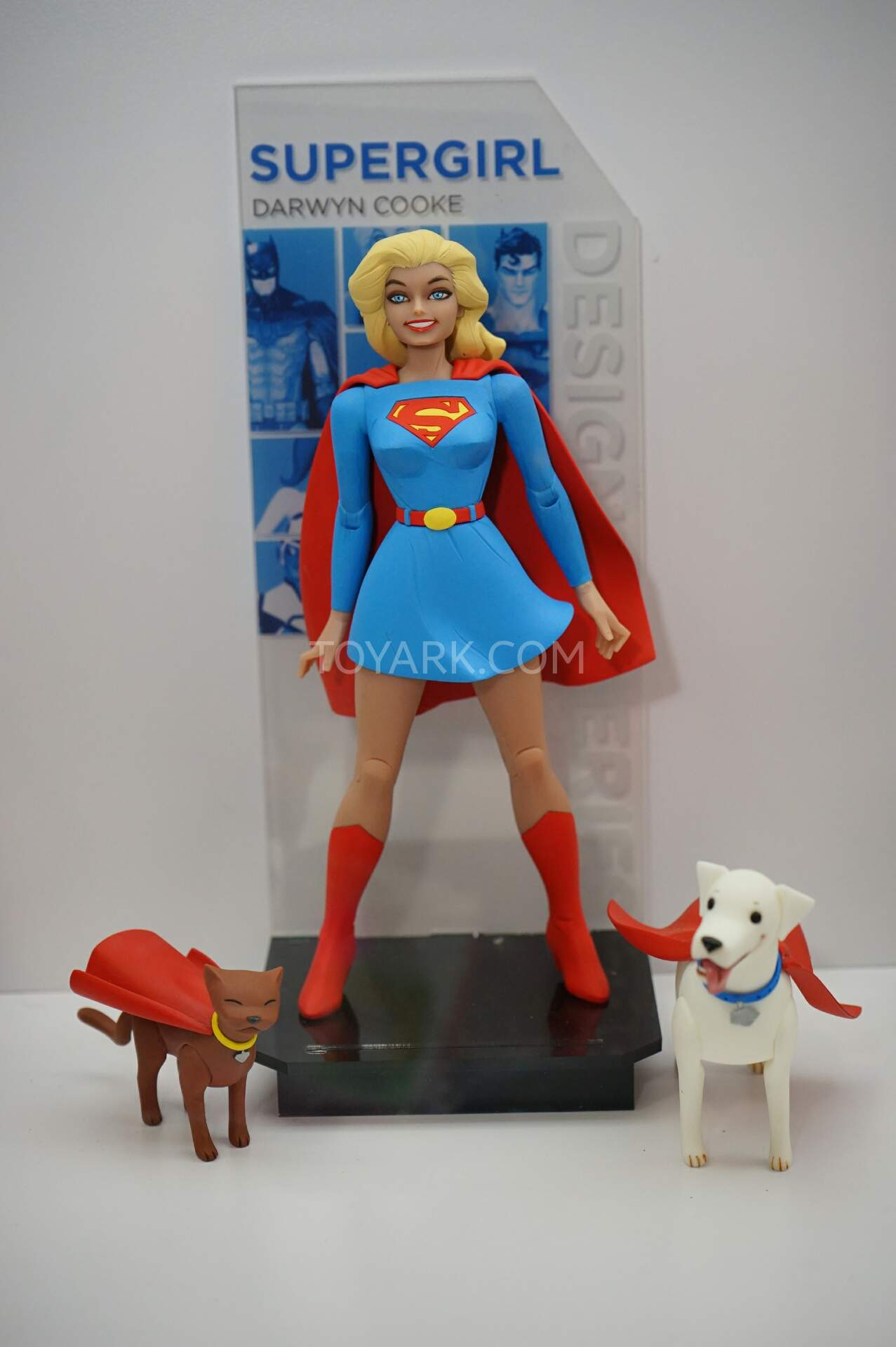 DC Collectibles-SUPERGIRL FIGURINE-Darwyn Cooke Designer Series