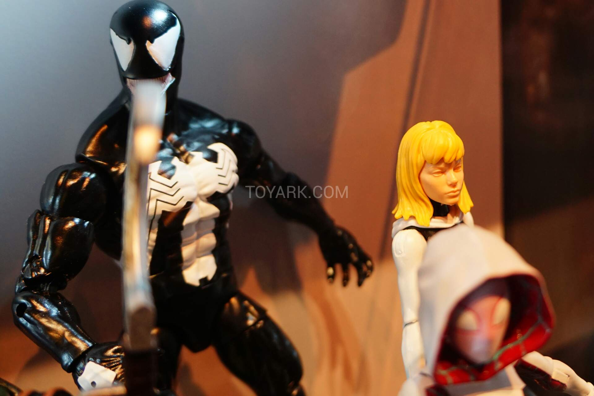 Sdcc 2015 Marvel Legends Spider Gwen Unmasked The Toyark News