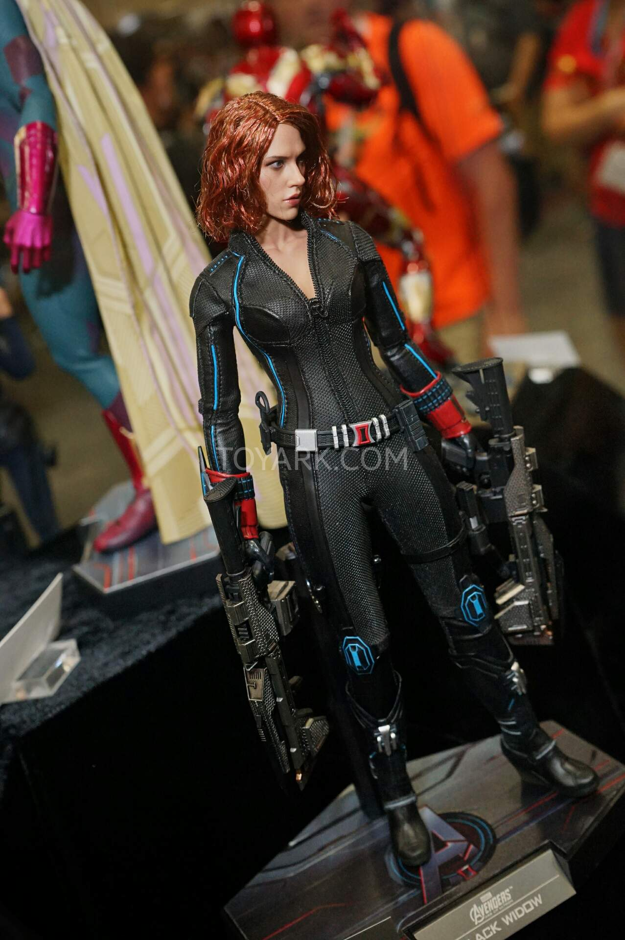 http://news.toyark.com/wp-content/uploads/sites/4/2015/07/SDCC2015-Hot-Toys-Marvel-039.jpg