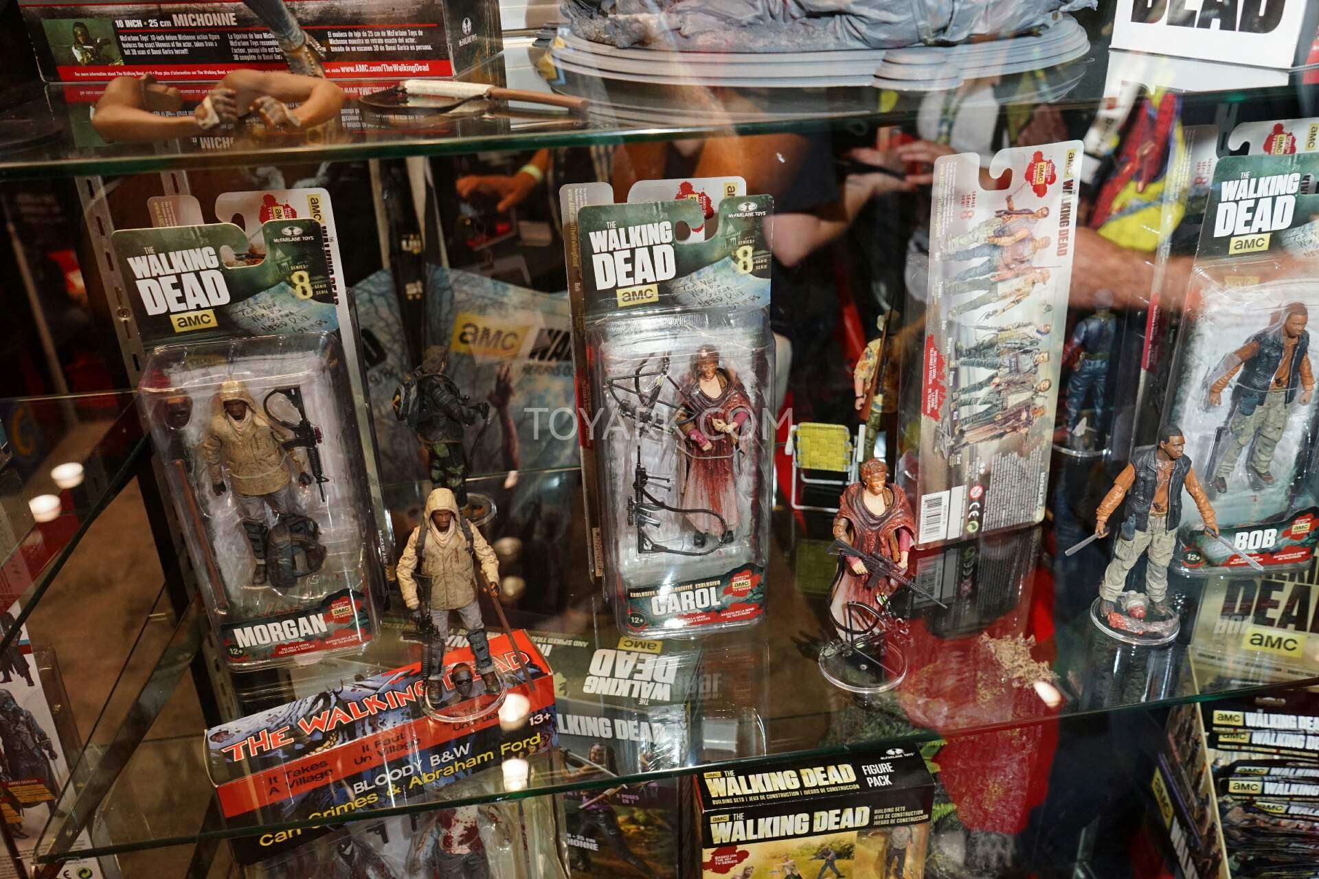 Nycc 2015 Mcfarlane Toys The Walking Dead Figures And