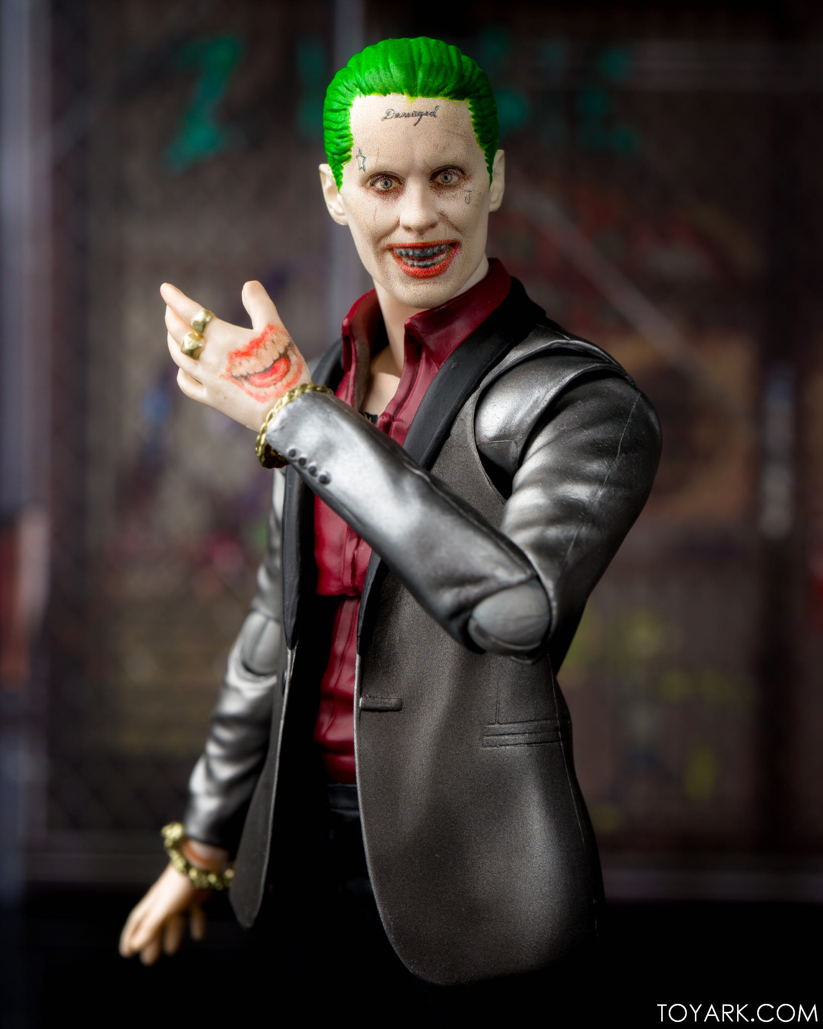 s h figuarts suicide squad joker photo review the toyark news. Black Bedroom Furniture Sets. Home Design Ideas
