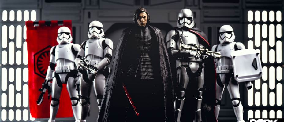 Kylo Ren - The Last Jedi Star Wars Black Series Photo Review