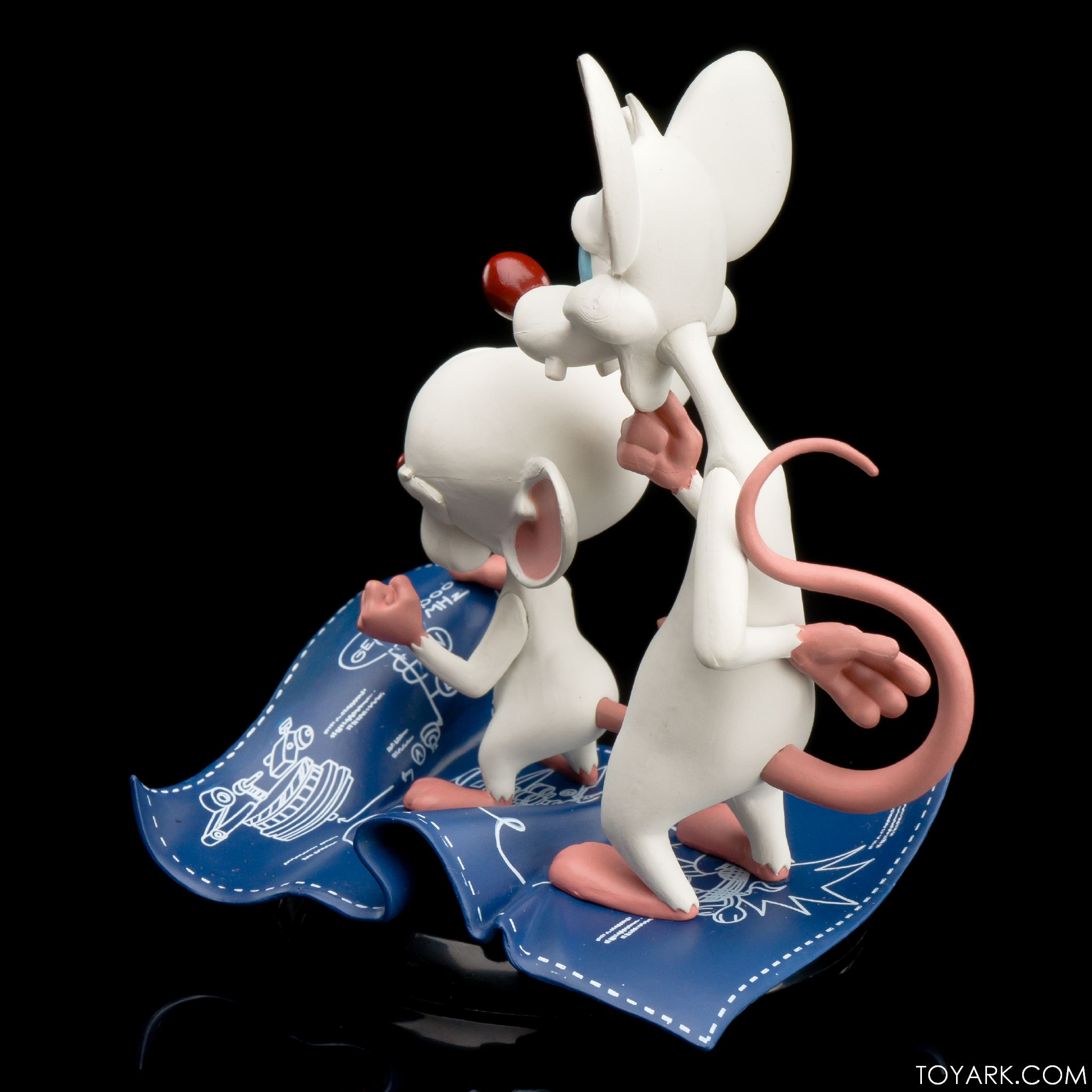 Qmx Pinky And The Brain Q Fig Photo Review The Toyark News