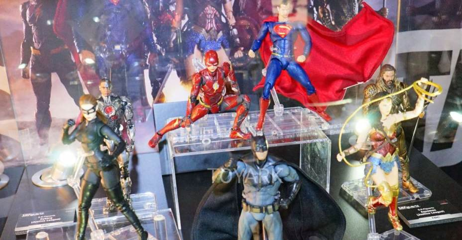 Dc Toys 2018 : Toy fair gallery tamashii nations dc sh figuarts at
