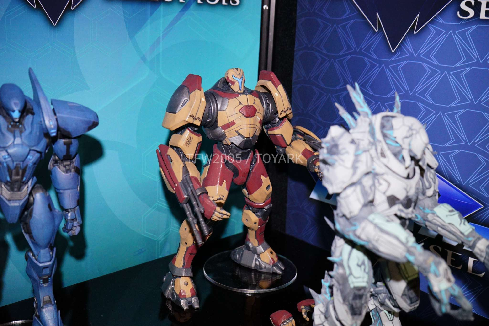 Toy Fair 2018 Gallery Diamond Select Toys Pacific Rim