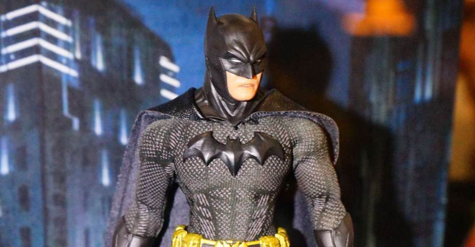 Dc Toys 2018 : Toy fair gallery mezco one collective dc the