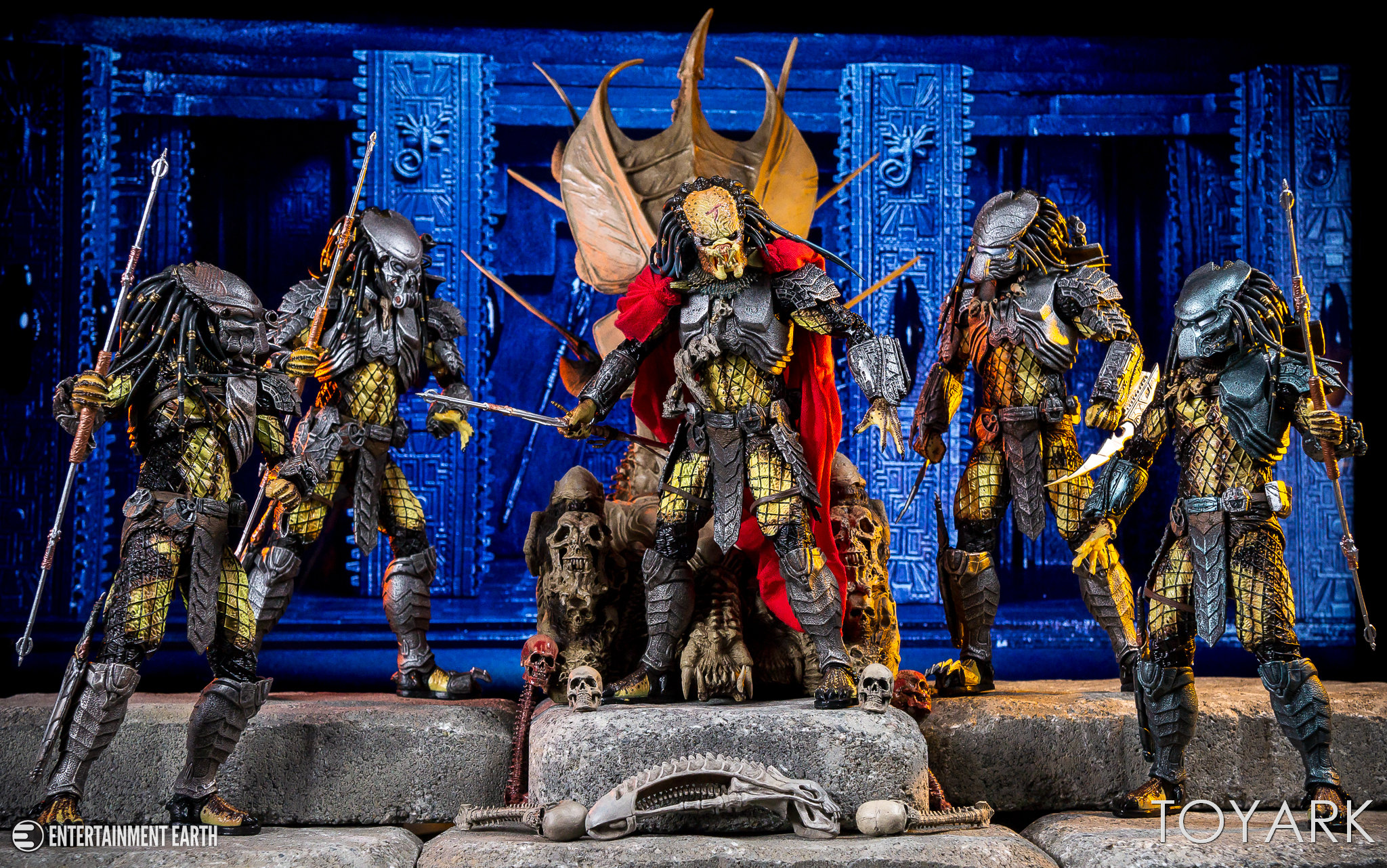 https://news.toyark.com/wp-content/uploads/sites/4/2018/05/NECA-Predator-Throne-040.jpg