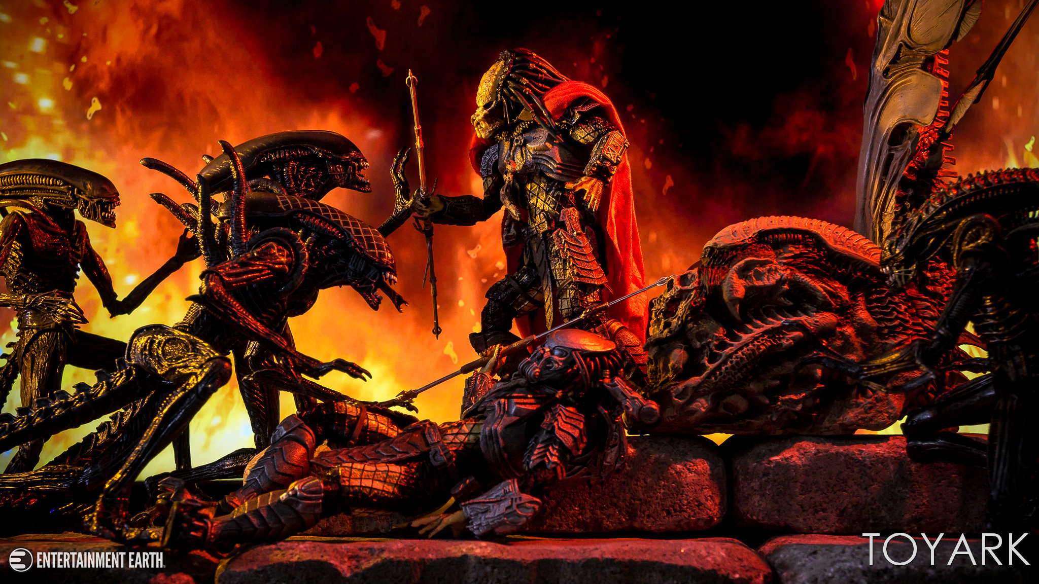 https://news.toyark.com/wp-content/uploads/sites/4/2018/05/NECA-Predator-Throne-047.jpg