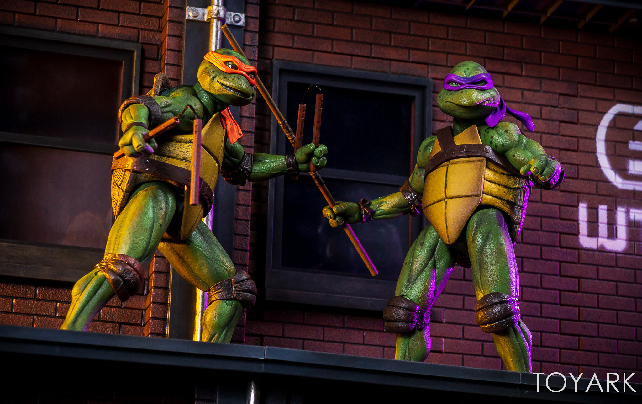 https://news.toyark.com/wp-content/uploads/sites/4/2018/07/NECA-TMNT-1990-and-Dio-Set-081.jpg