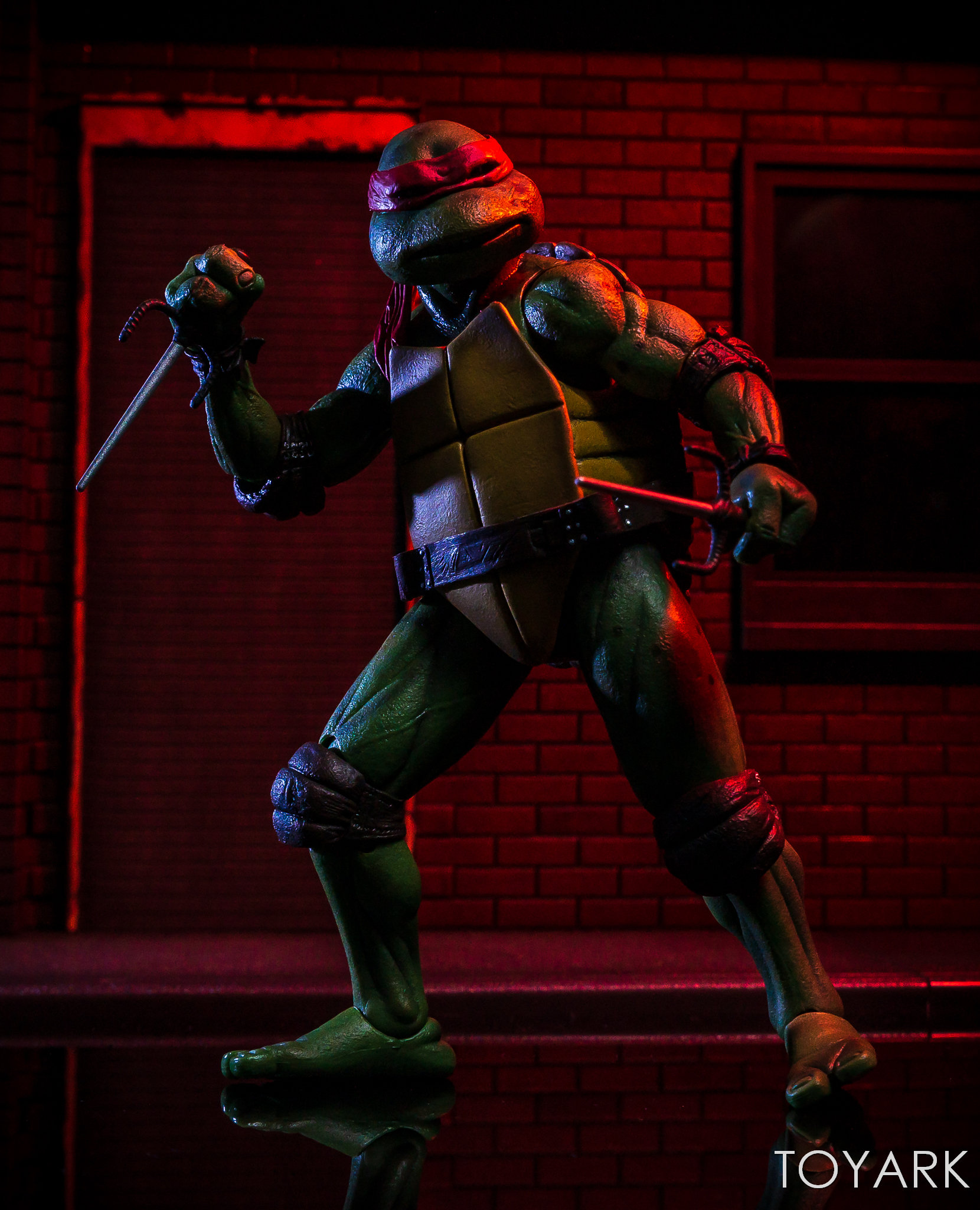 https://news.toyark.com/wp-content/uploads/sites/4/2018/07/NECA-TMNT-1990-and-Dio-Set-089.jpg