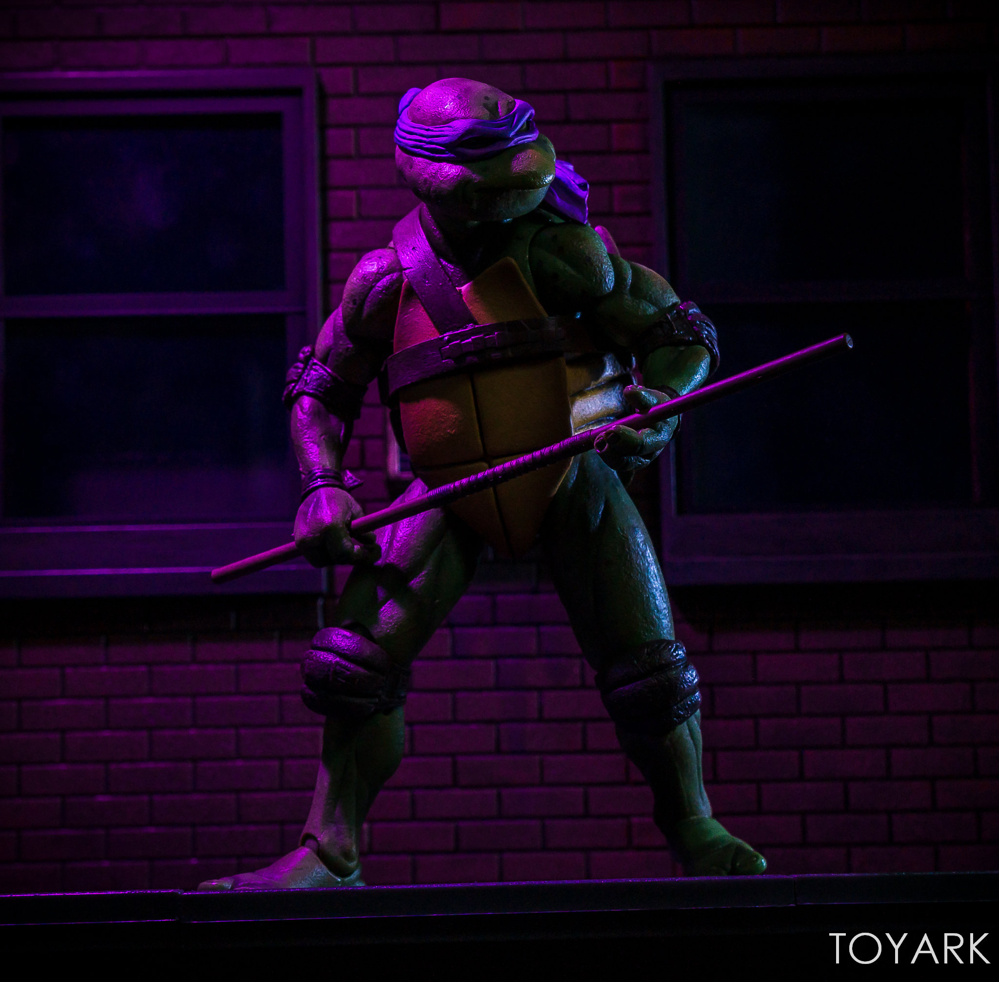 https://news.toyark.com/wp-content/uploads/sites/4/2018/07/NECA-TMNT-1990-and-Dio-Set-092.jpg