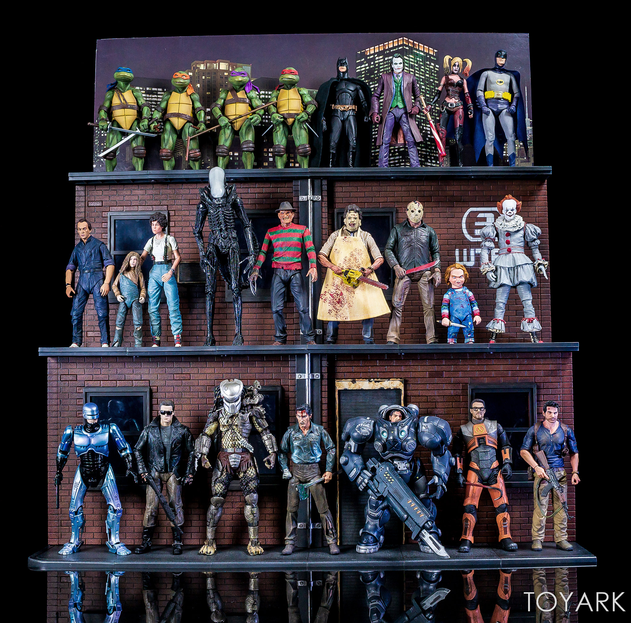 https://news.toyark.com/wp-content/uploads/sites/4/2018/07/NECA-TMNT-1990-and-Dio-Set-096.jpg