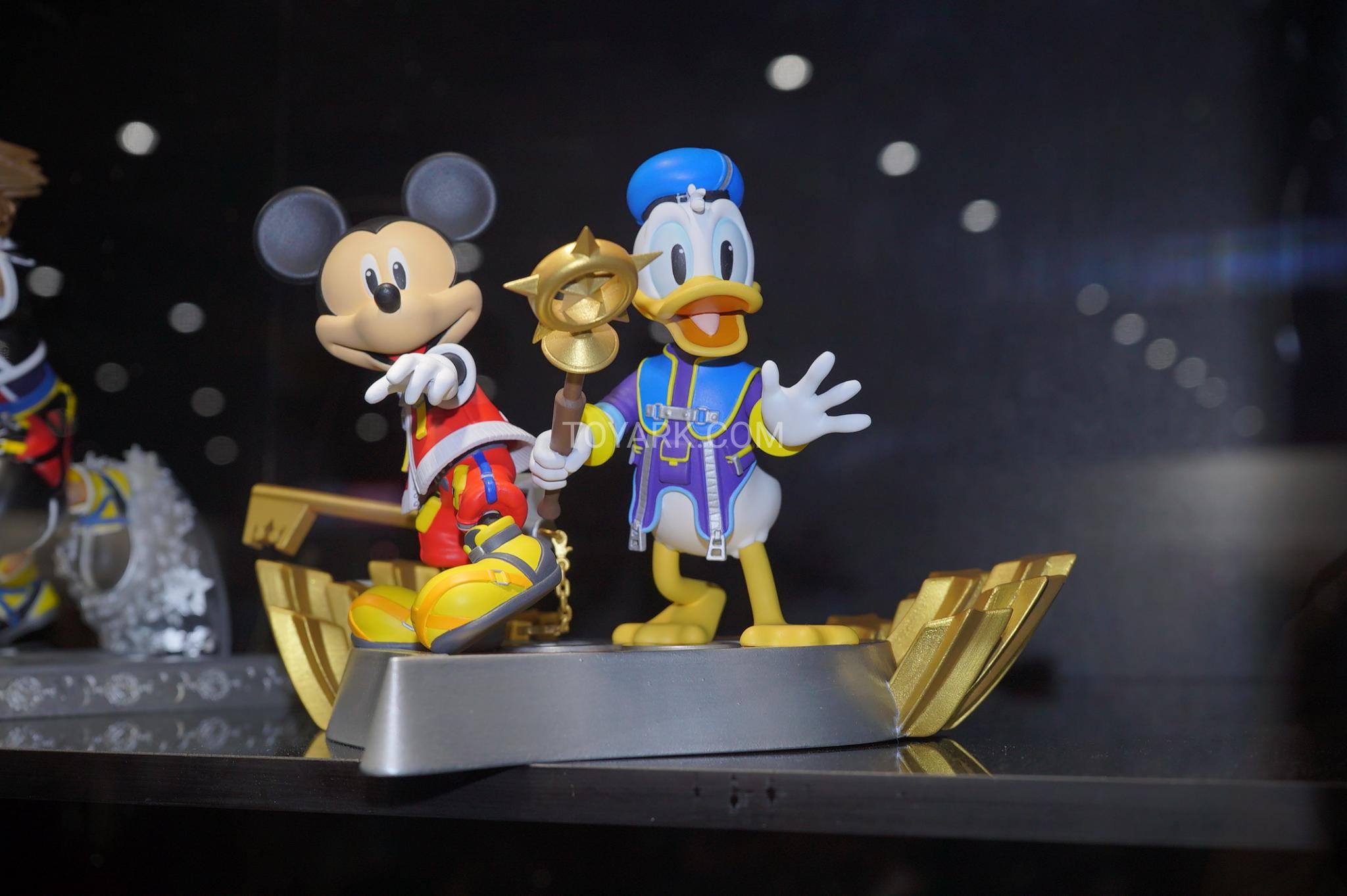 Disney Kingdom Hearts Mickey Mouse Donald Duck Gallery Figure Statue Exclusive