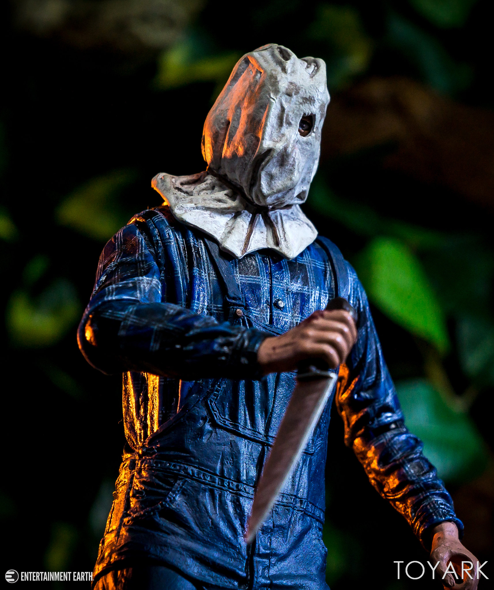 https://news.toyark.com/wp-content/uploads/sites/4/2018/08/NECA-Friday-the-13th-Part-2-Jason-014.jpg