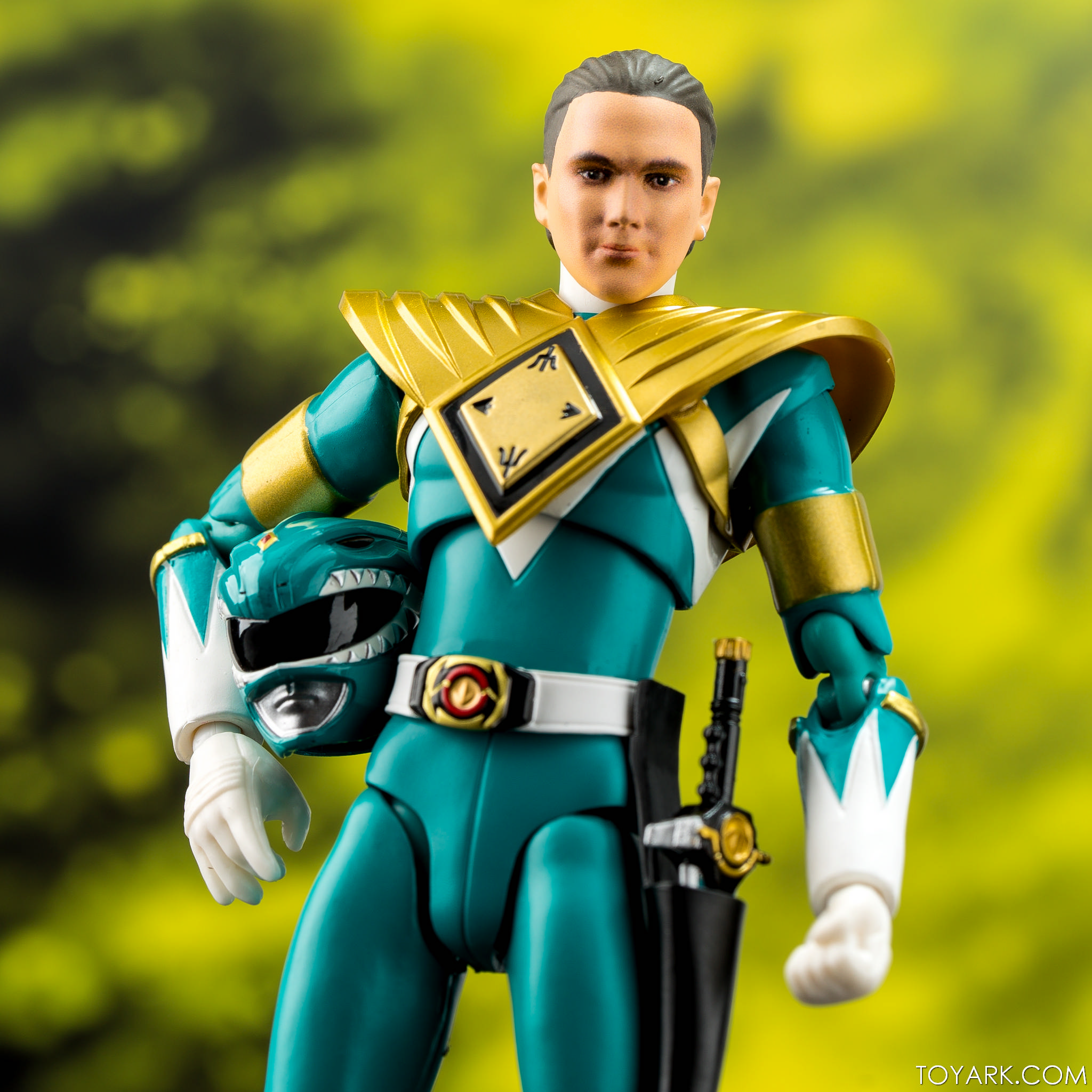 Quick Look - SDCC SHF & SoC Power Rangers Exclusives - The Toyark - News