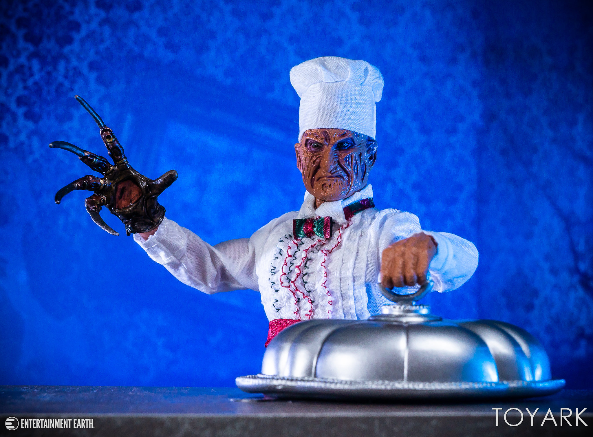 https://news.toyark.com/wp-content/uploads/sites/4/2018/10/Chef-Freddy-NECA-017.jpg