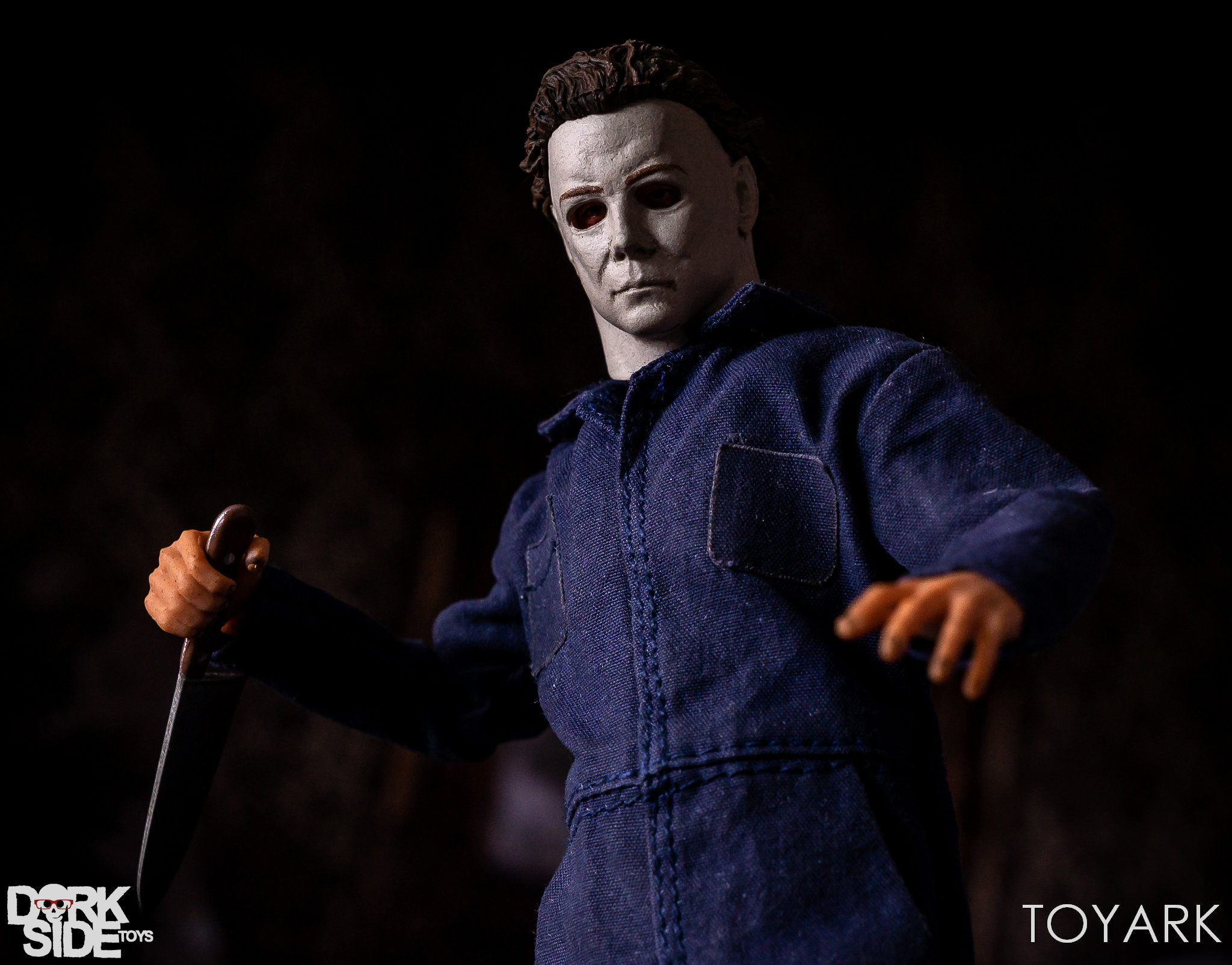 https://news.toyark.com/wp-content/uploads/sites/4/2018/10/Mezco-One12-Michael-Myers-047.jpg