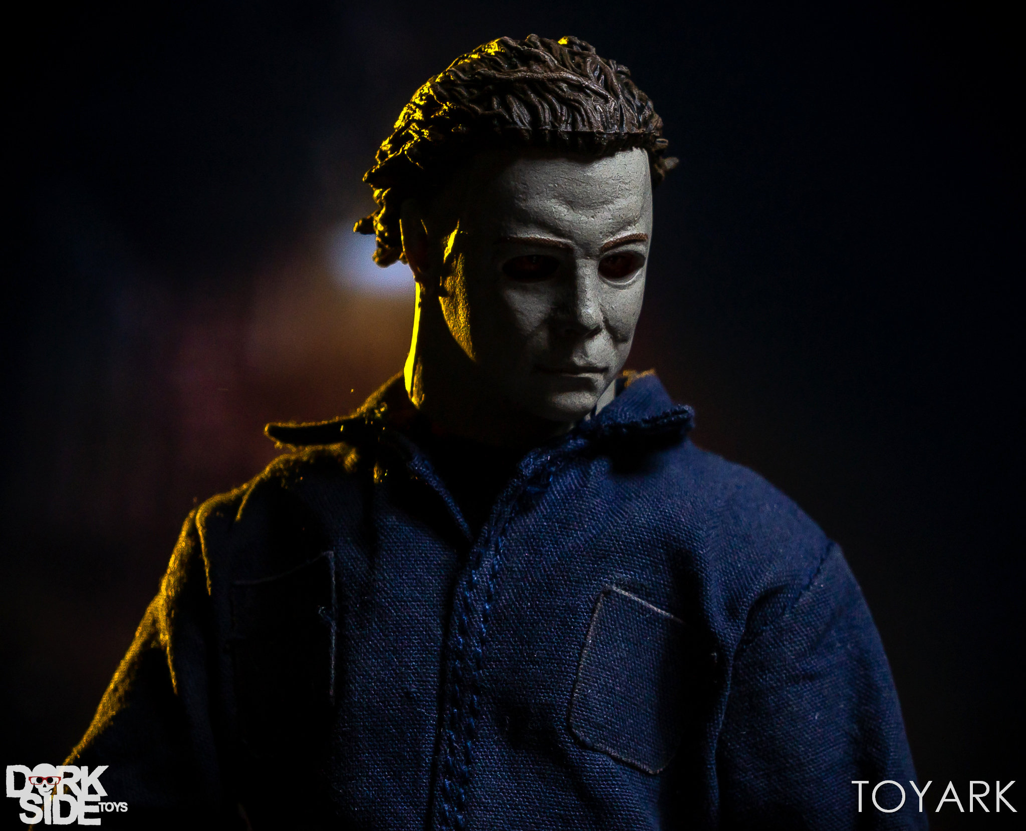 https://news.toyark.com/wp-content/uploads/sites/4/2018/10/Mezco-One12-Michael-Myers-053.jpg