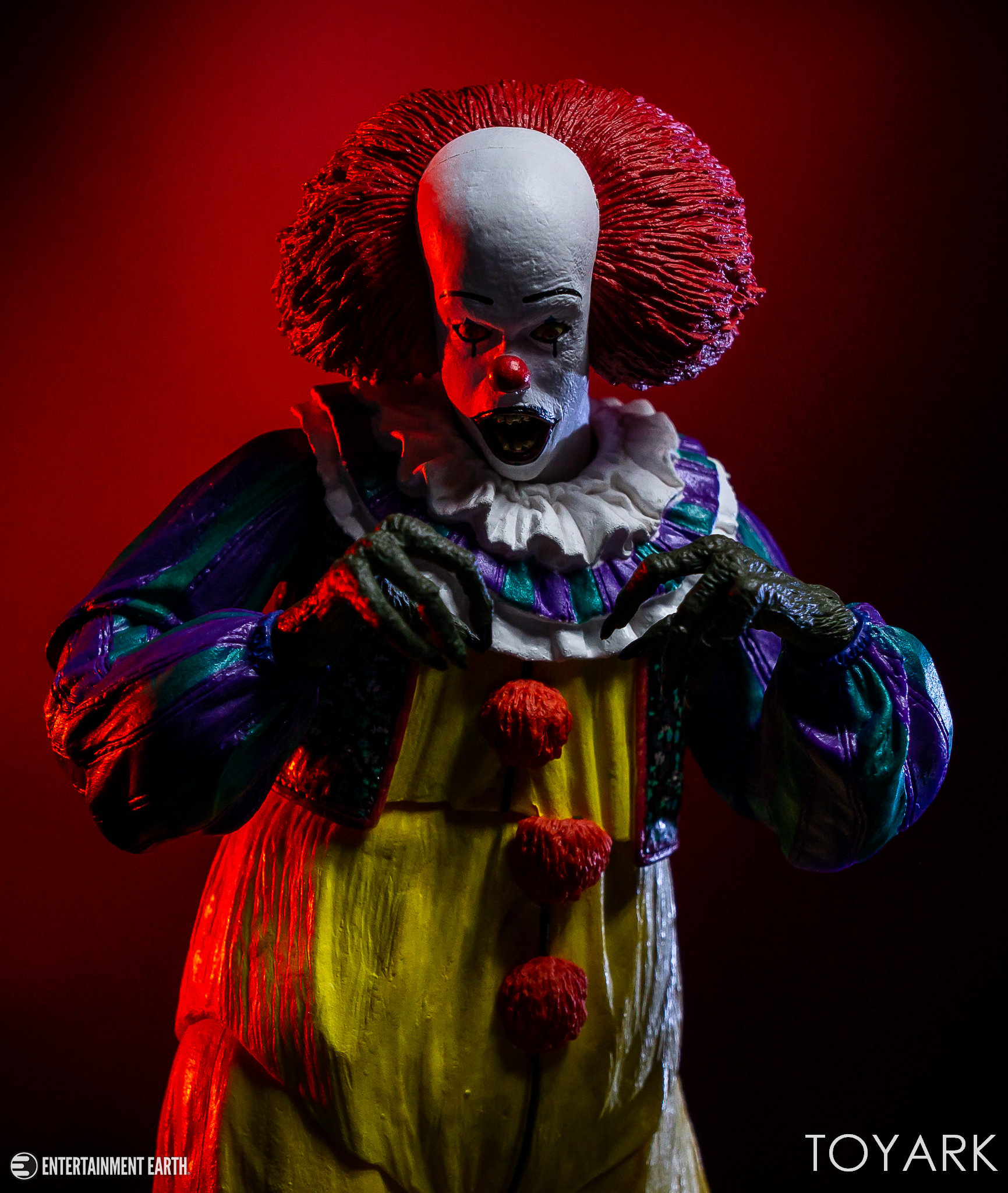 https://news.toyark.com/wp-content/uploads/sites/4/2018/10/NECA-1990-Pennywise-024.jpg