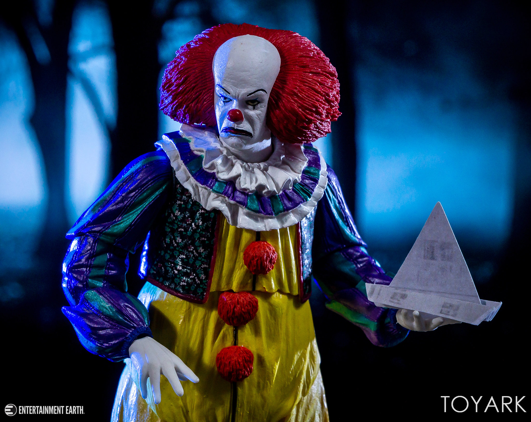 https://news.toyark.com/wp-content/uploads/sites/4/2018/10/NECA-1990-Pennywise-049.jpg