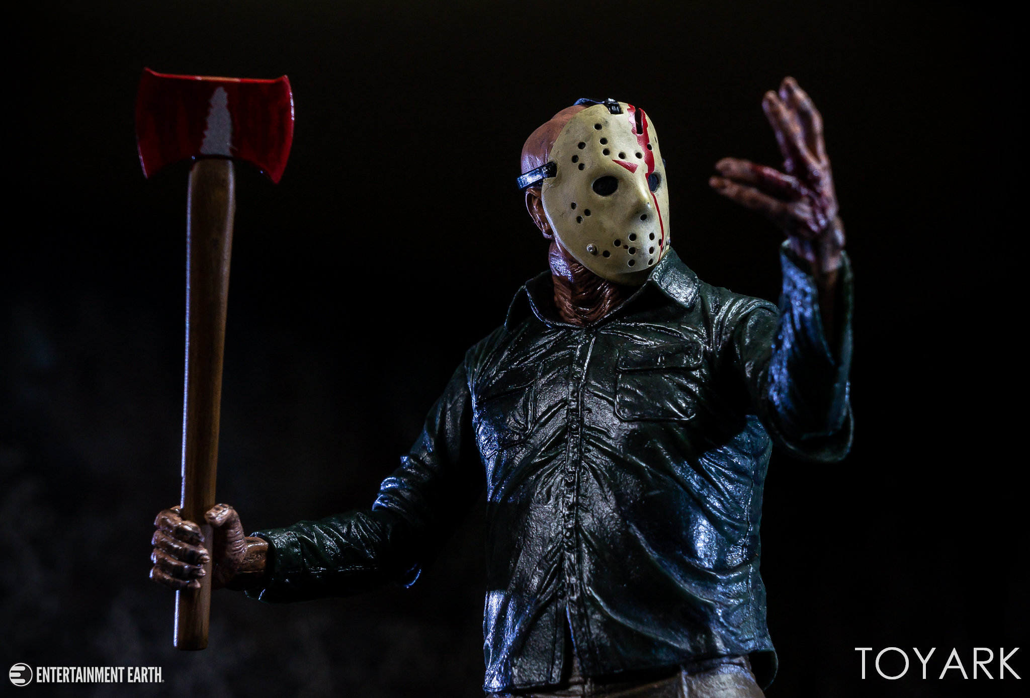 https://news.toyark.com/wp-content/uploads/sites/4/2018/10/NECA-Ultimate-Dream-Jason-040.jpg